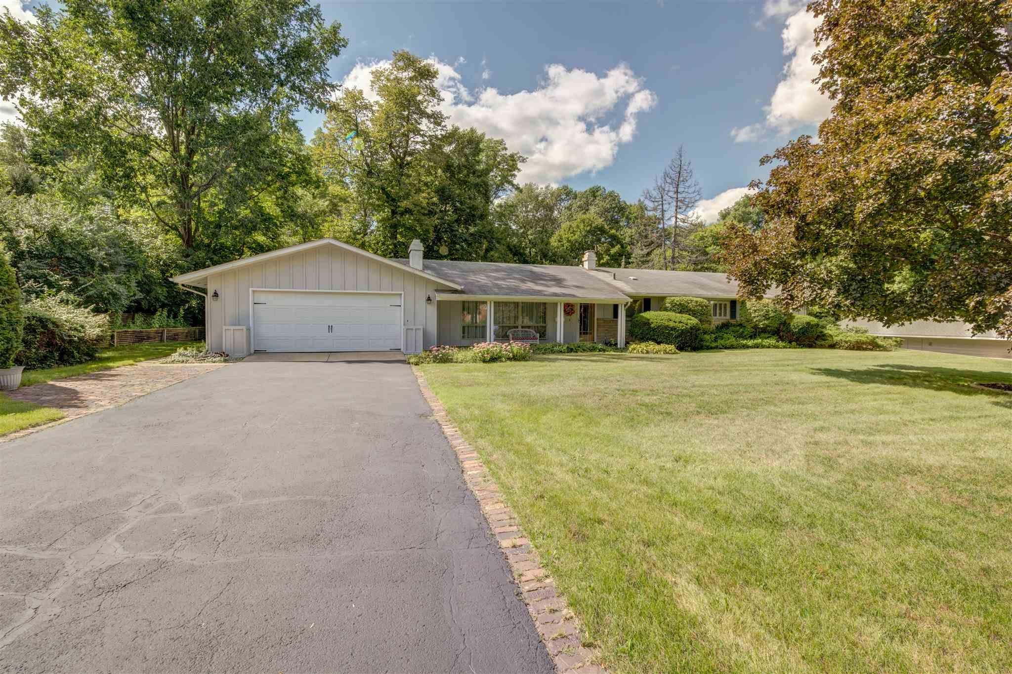 3605 Hays South Bend, IN 46614