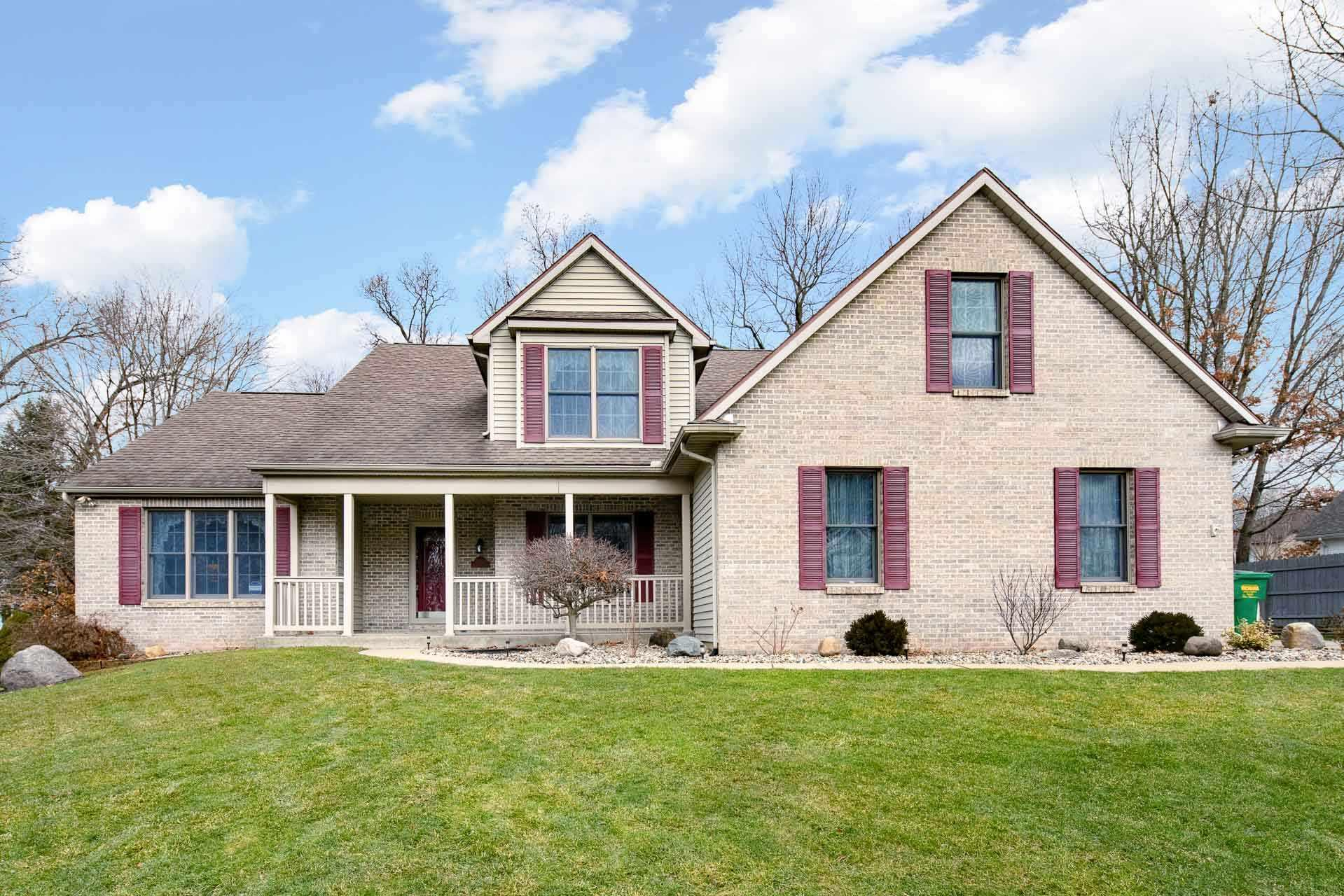 25651 Shorewood South Bend, IN 46619