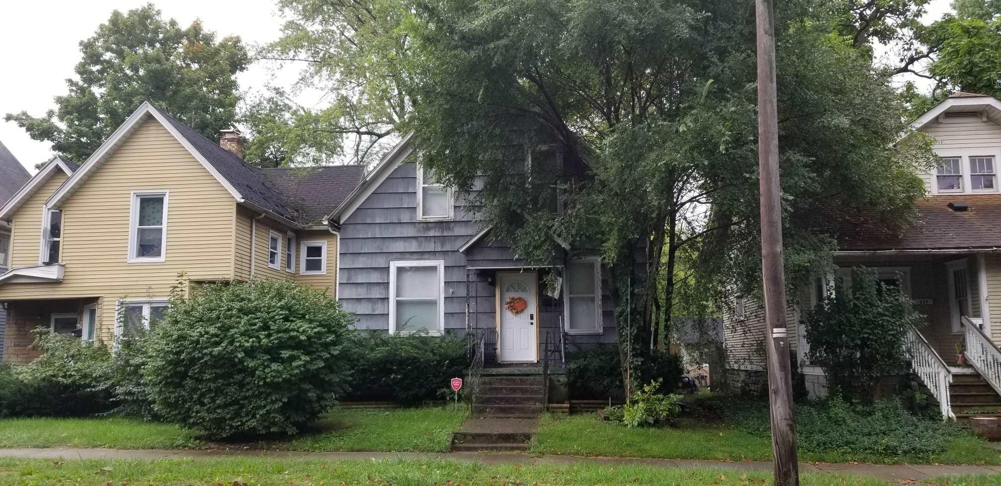 633 W Lexington Elkhart, IN 46514