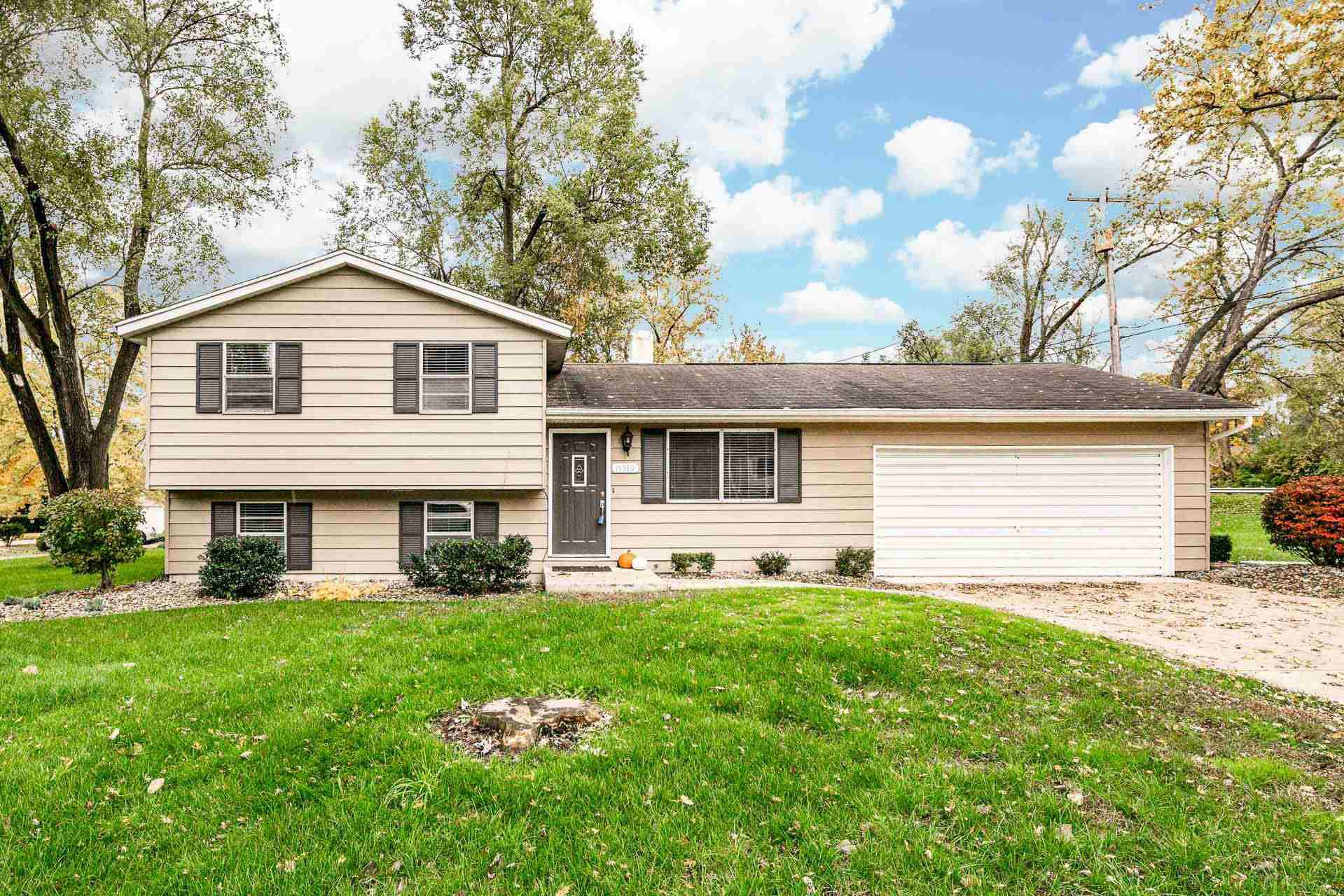 17980 Tollview South Bend, IN 46635