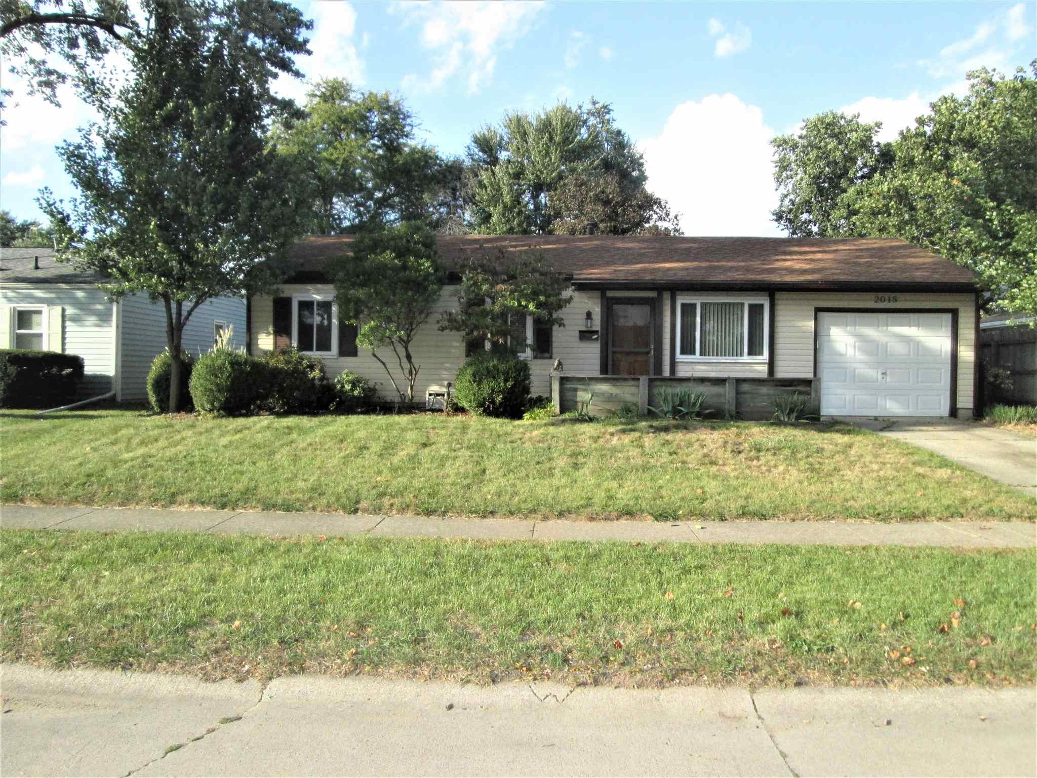 2015 Renfrew South Bend, IN 46614