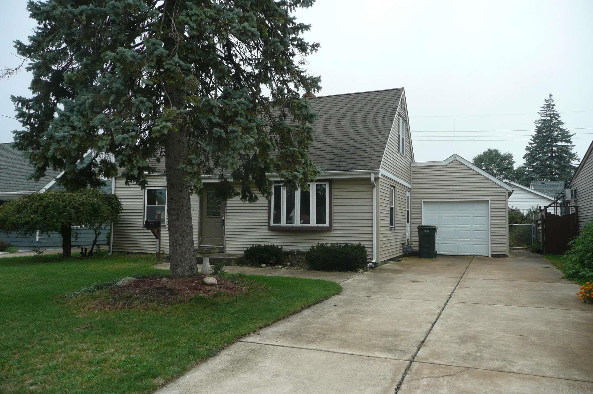833 Greenview South Bend, IN 46619