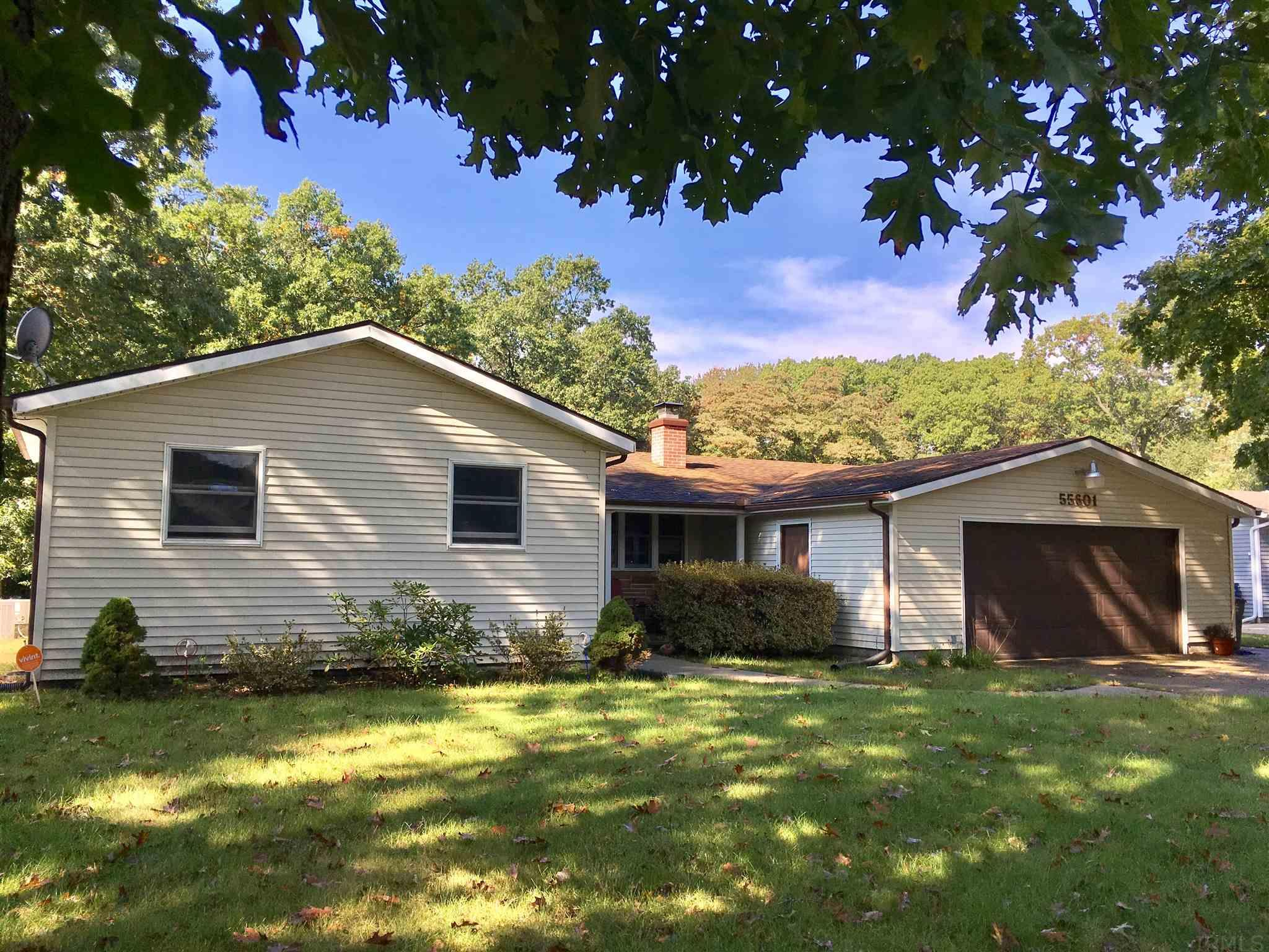55601 Riviera Dr Elkhart, IN 46514