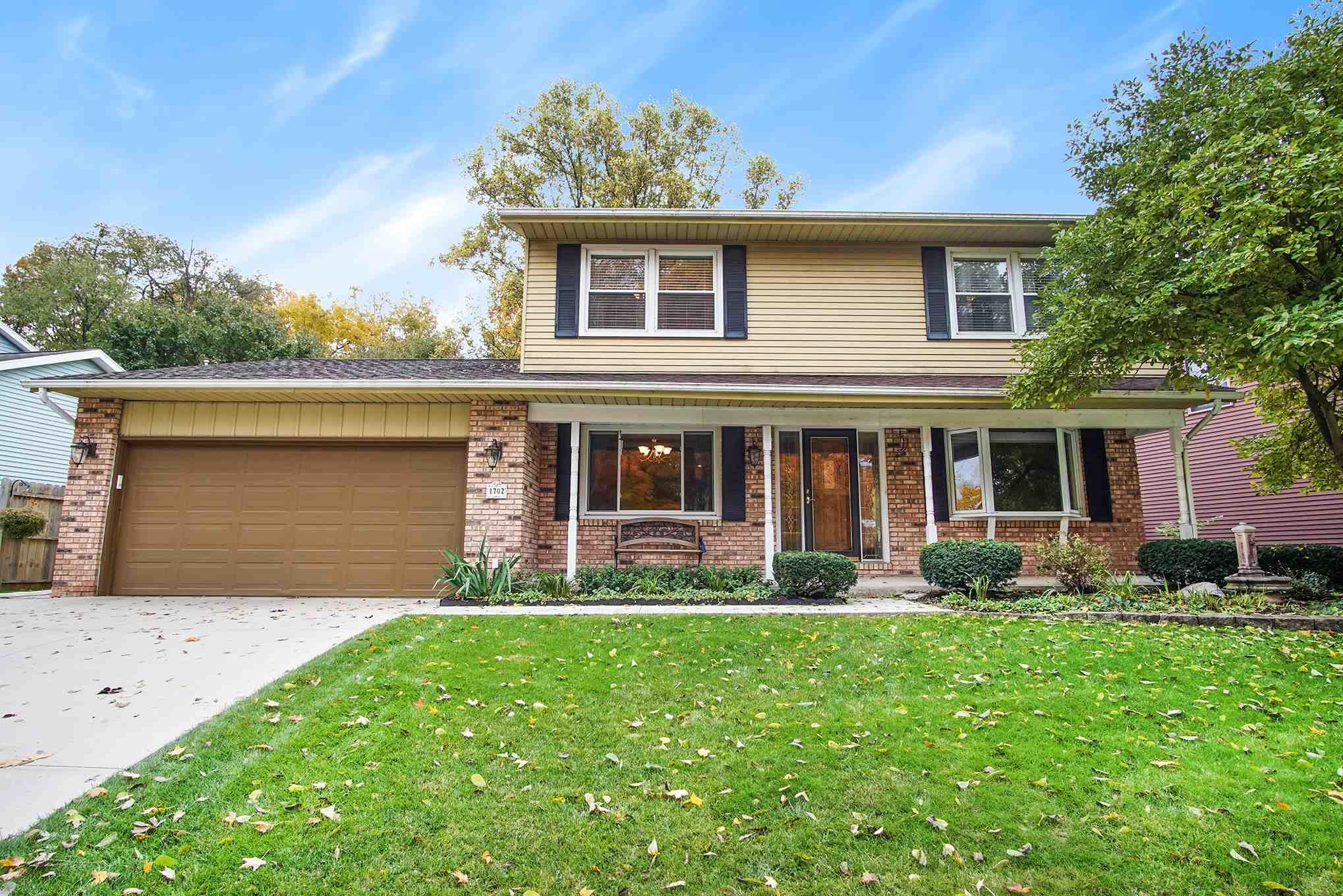1702 Galway South Bend, IN 46614
