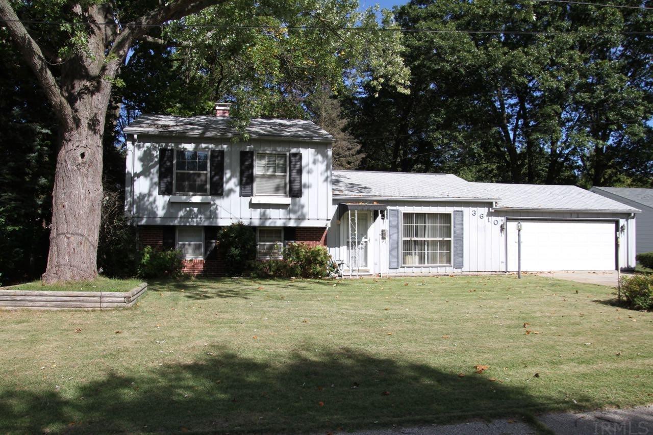 3610 Wood Elkhart, IN 46516