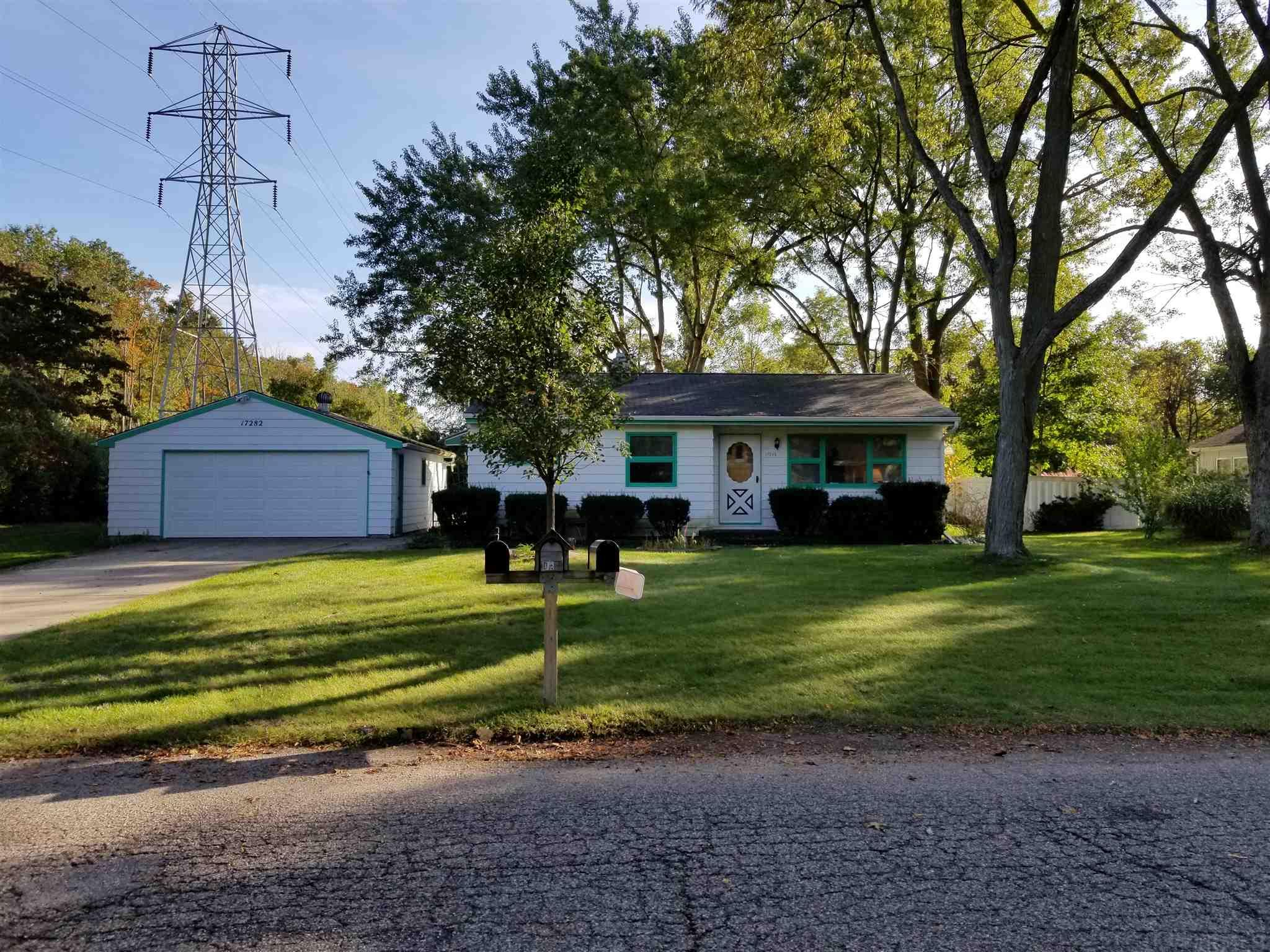 17282 Wilshire South Bend, IN 46635