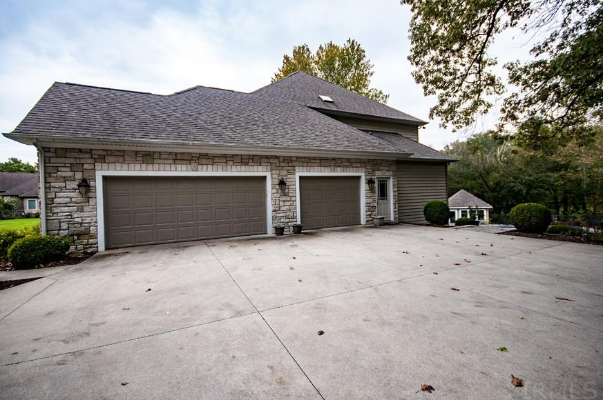 58187 Crystal Springs Goshen, IN 46528