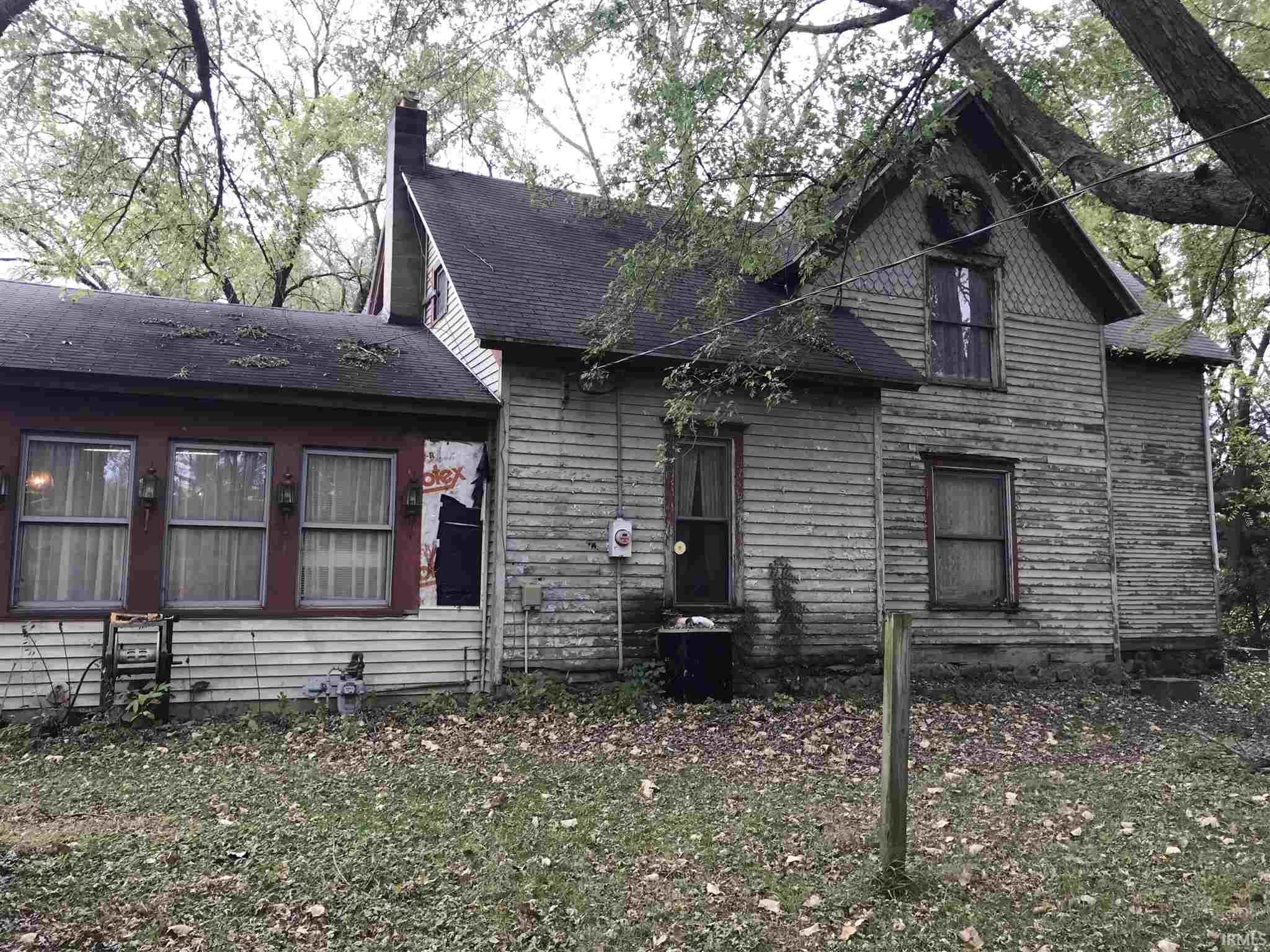 18518 Pierce Lakeville, IN 46536