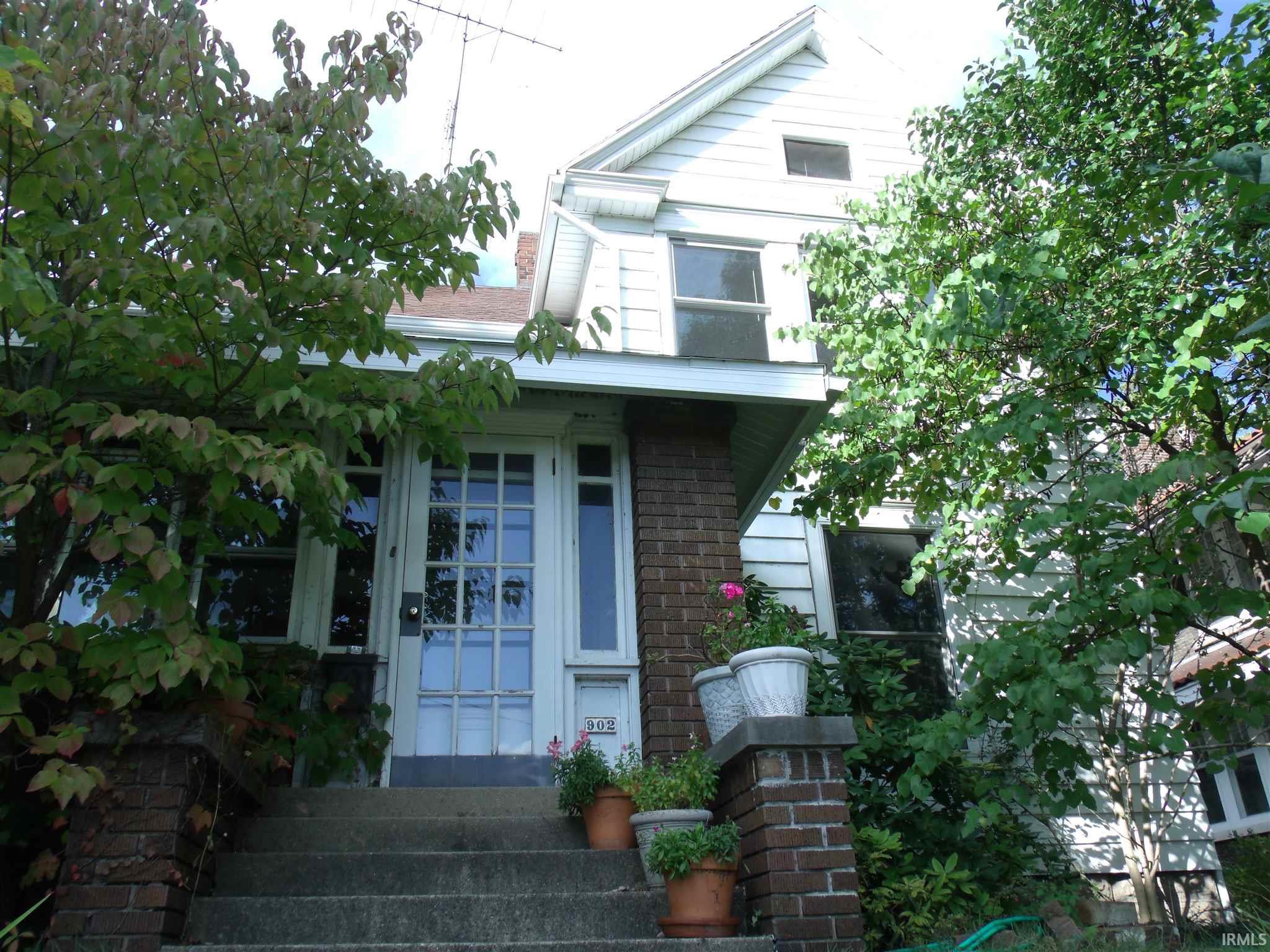 902 W Lexington Elkhart, IN 46514