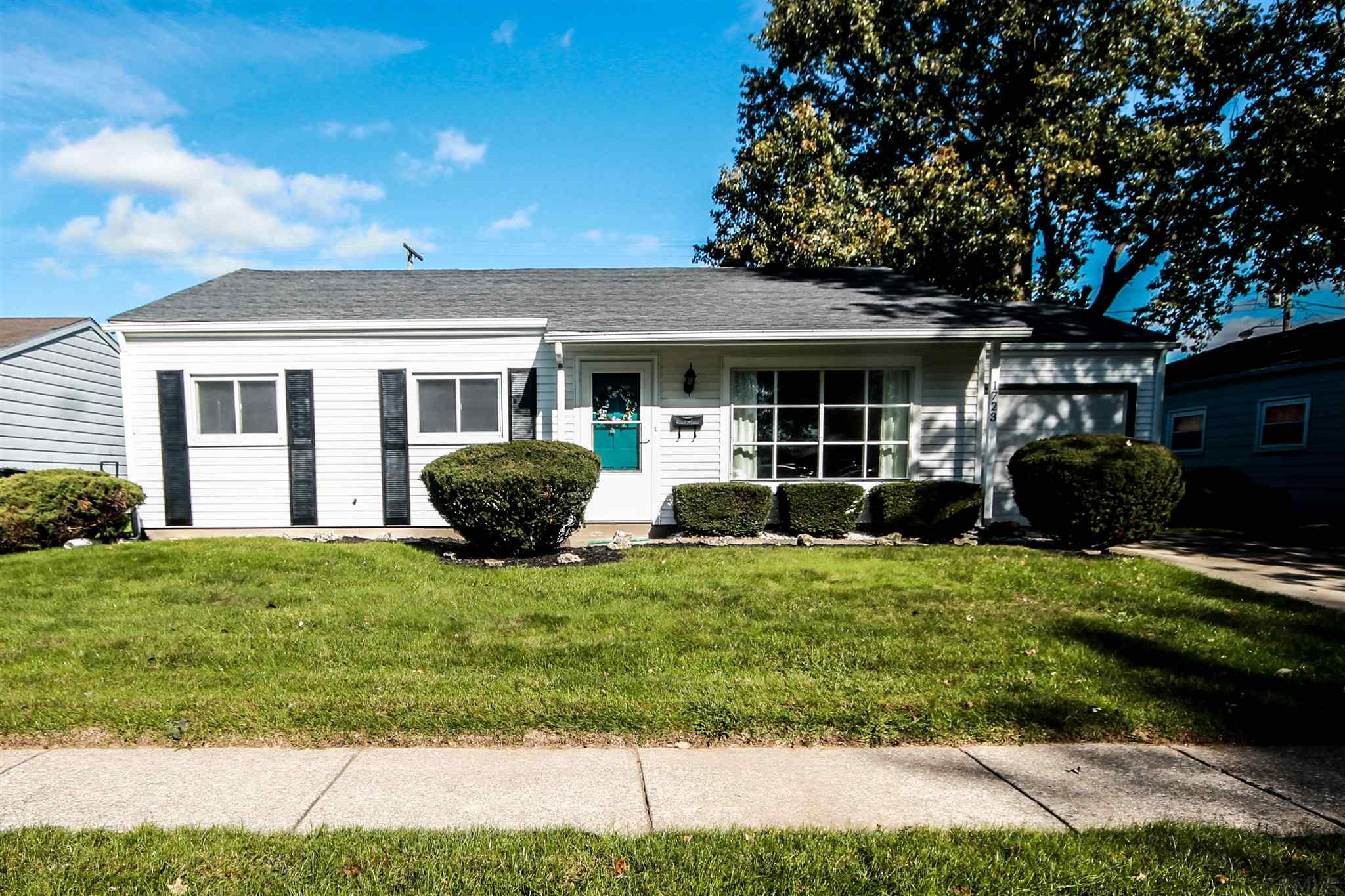 1723 Orkney South Bend, IN 46614