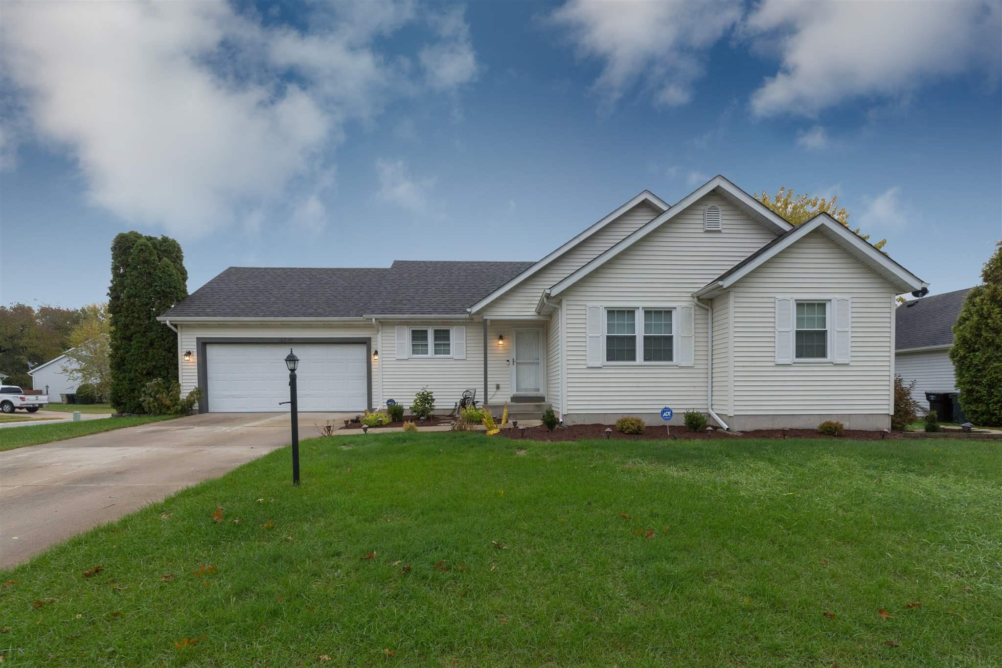 4428 Laurel Creek Drive South Bend, IN 46628