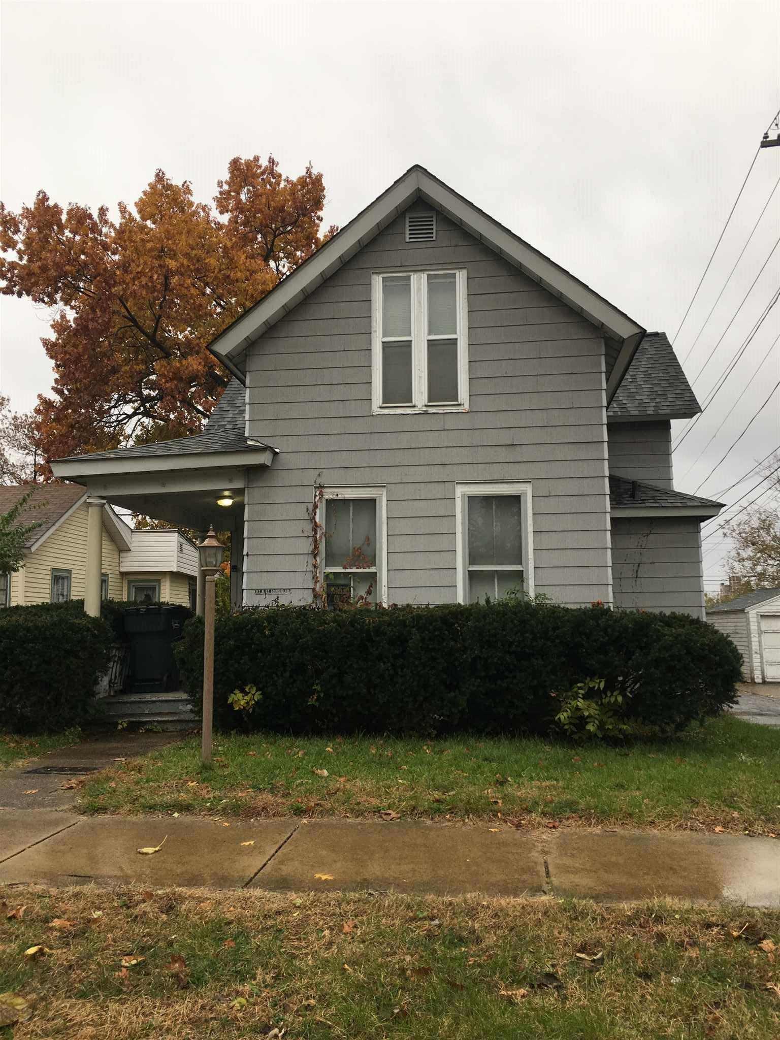 117 N Saint Louis South Bend, IN 46617