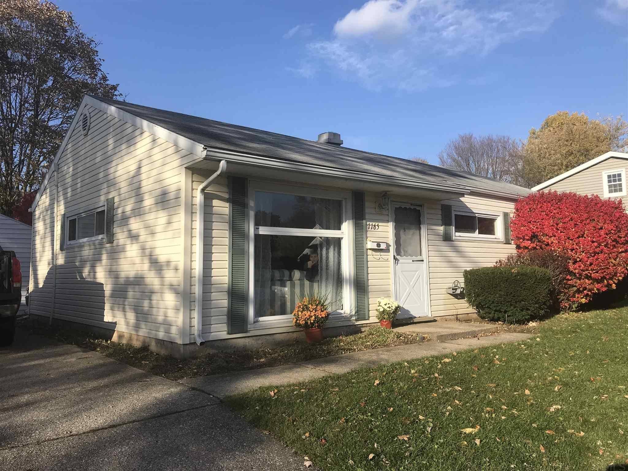 1165 Lakewood South Bend, IN 46614