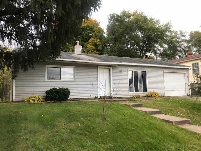 3731 Eastmont South Bend, IN 46628