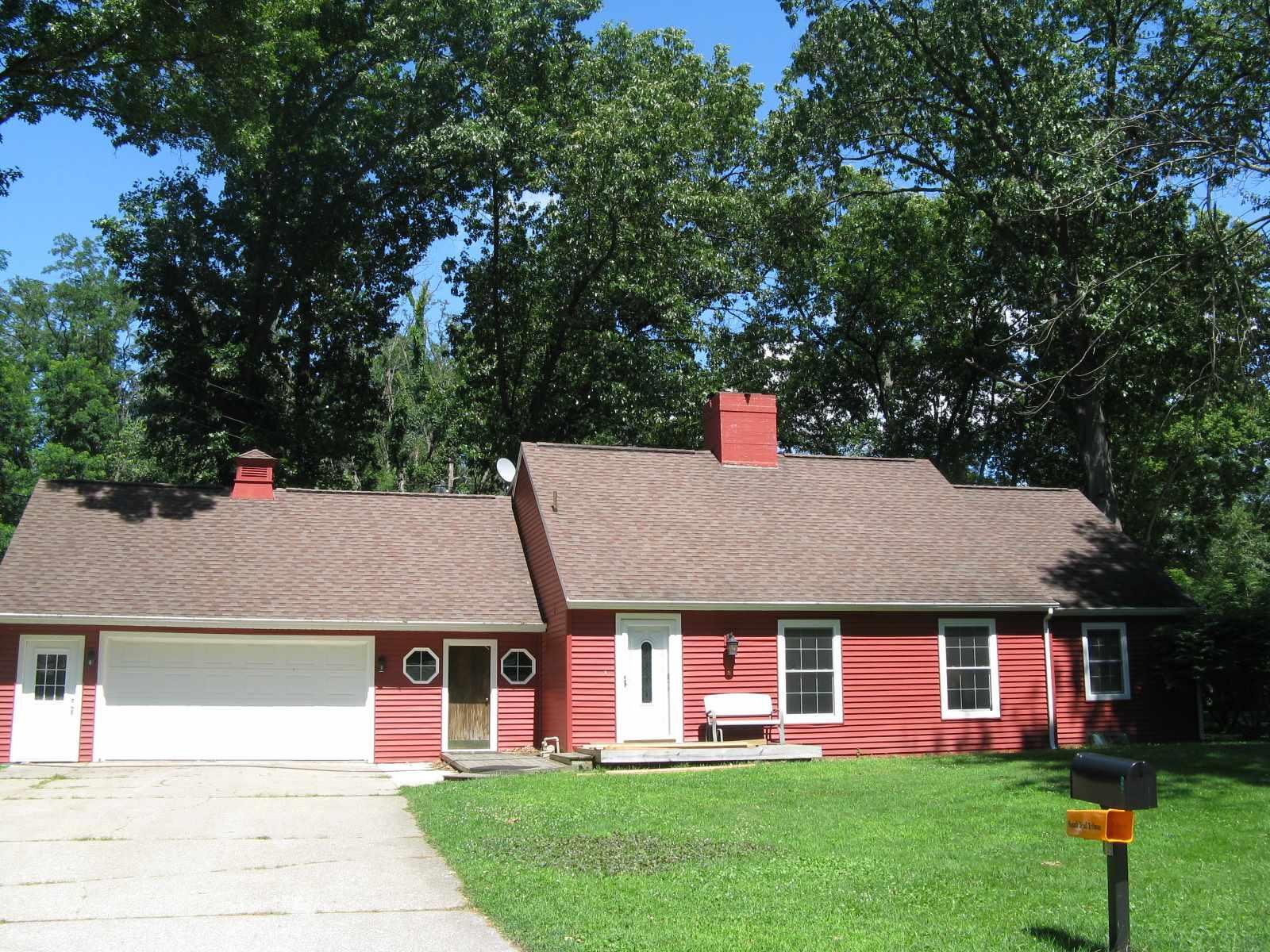1914 Aspin Drive, Elkhart, IN 46514-1426