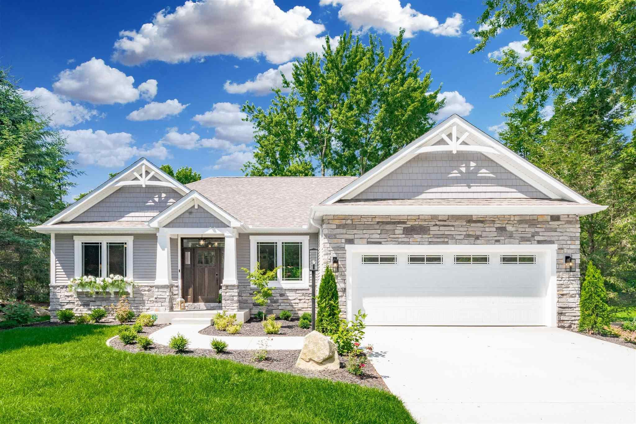 6747 Blackthorn Harbor #lot 110 South Bend, IN 46628