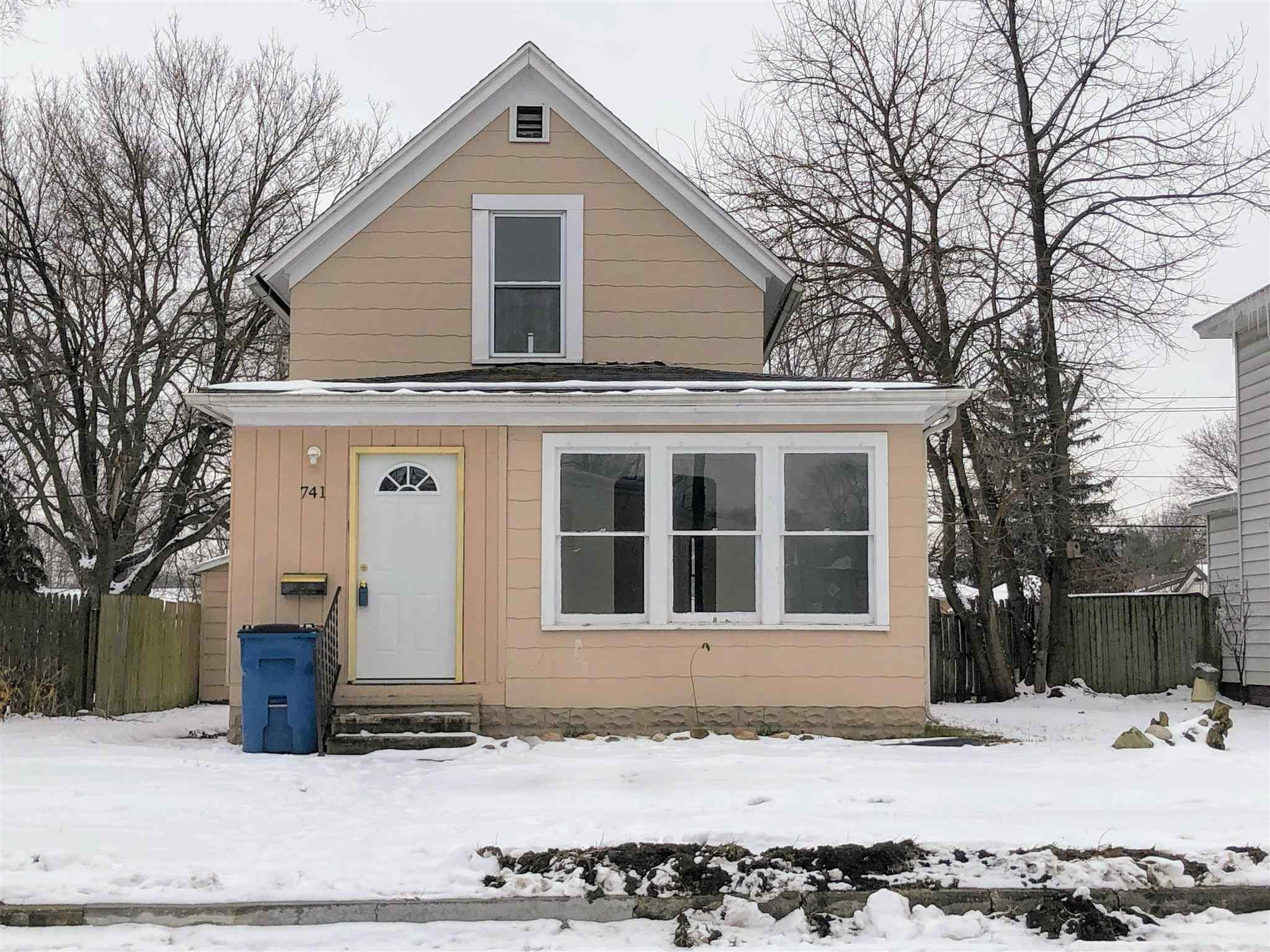 741 E 5th Mishawaka, IN 46544