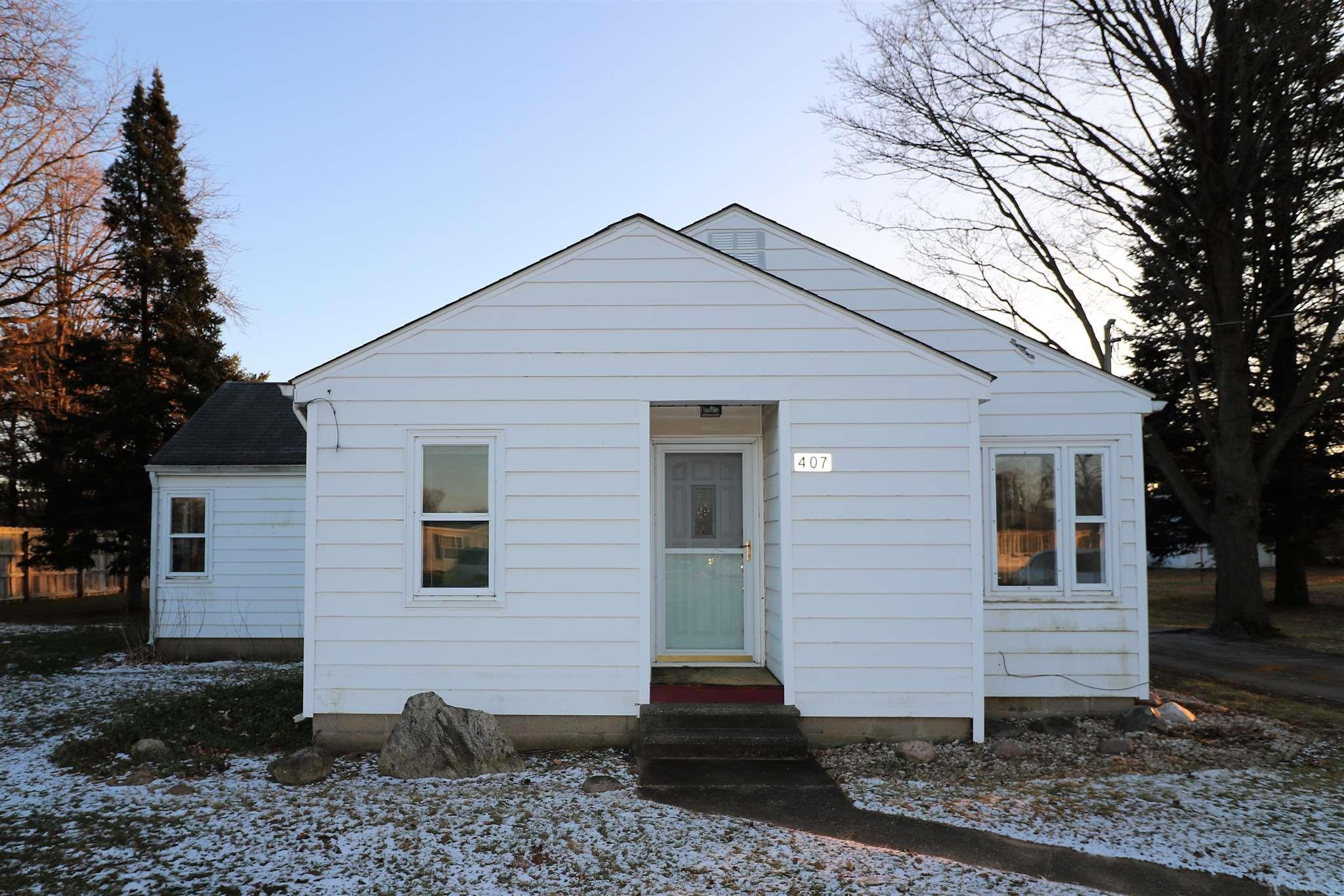 407 W Hively Elkhart, IN 46517