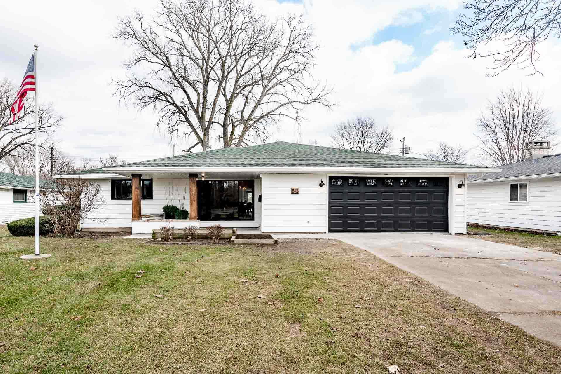 843 W North Shore South Bend, IN 46617