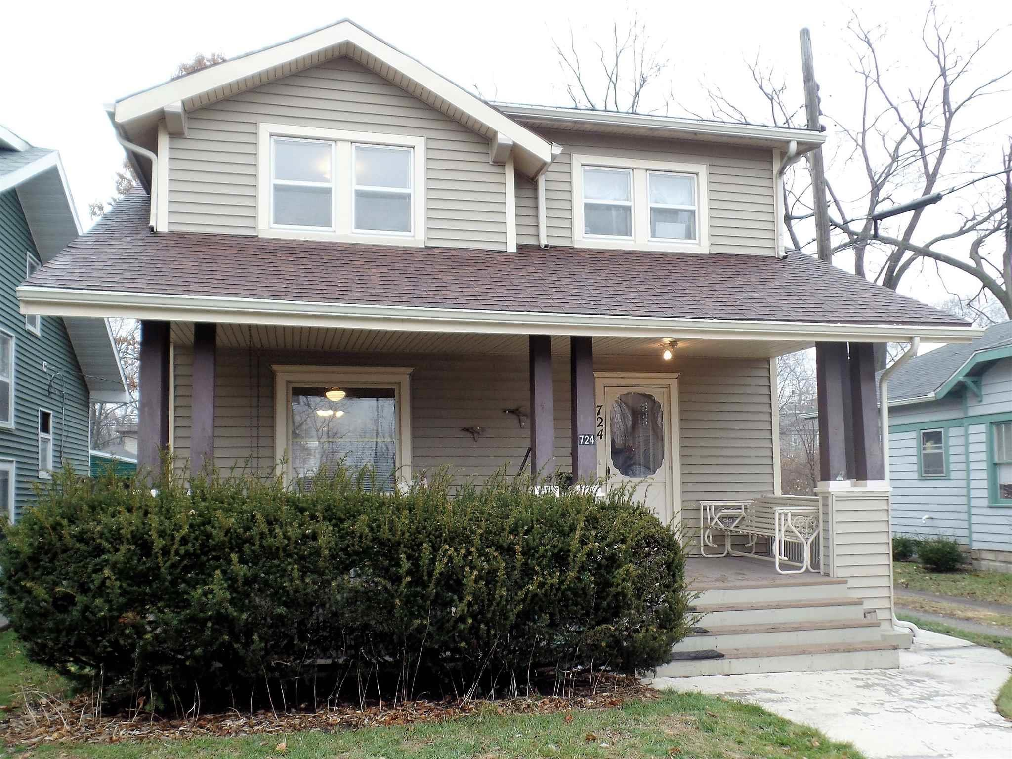 724 N Hill South Bend, IN 46617