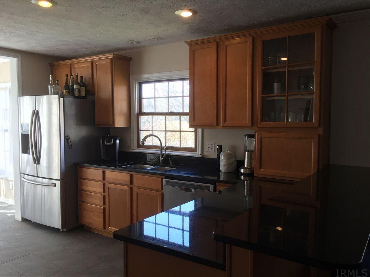 19465 Orchard Heights South Bend, IN 46614