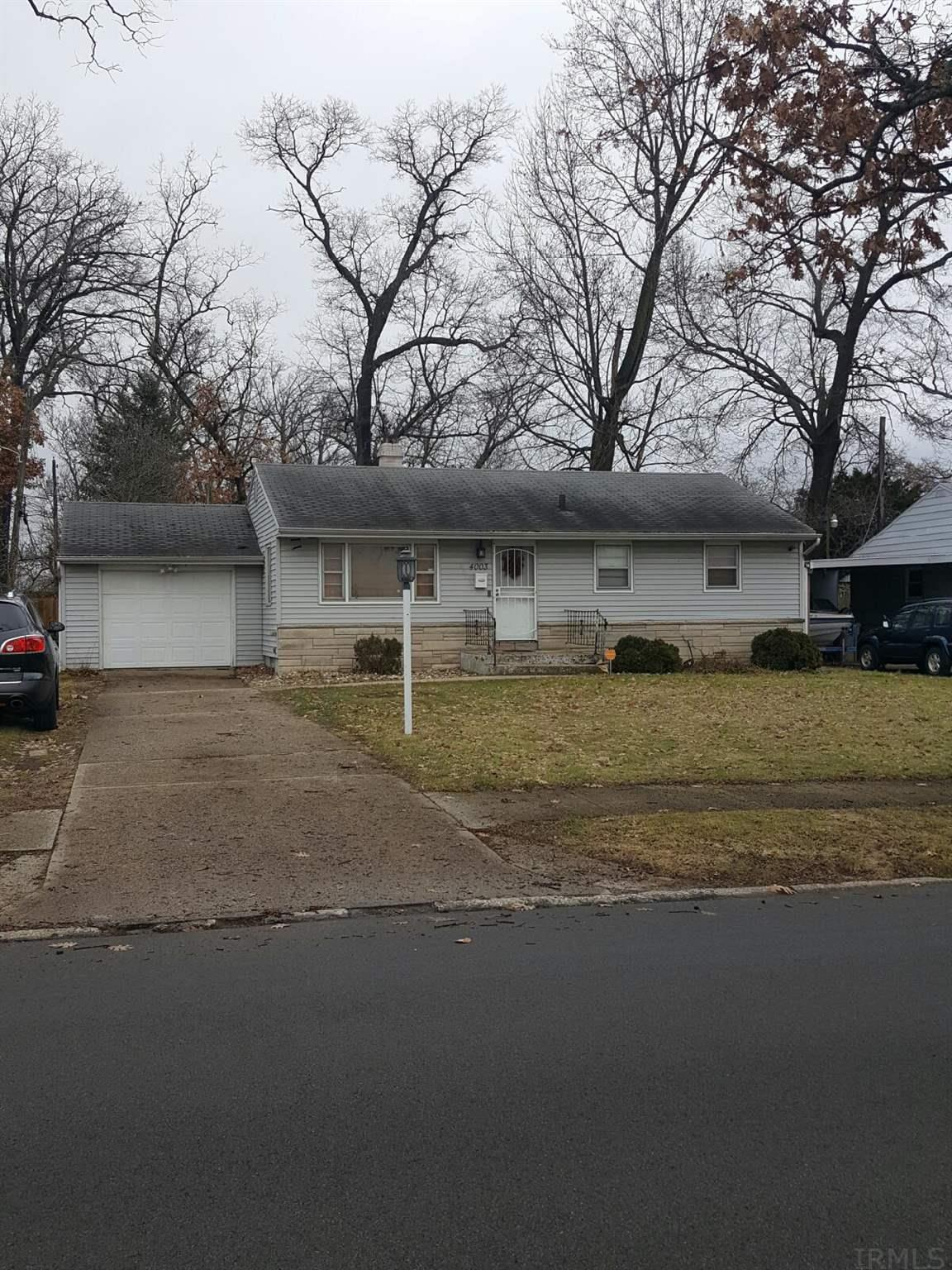 4003 Ardmore South Bend, IN 46628