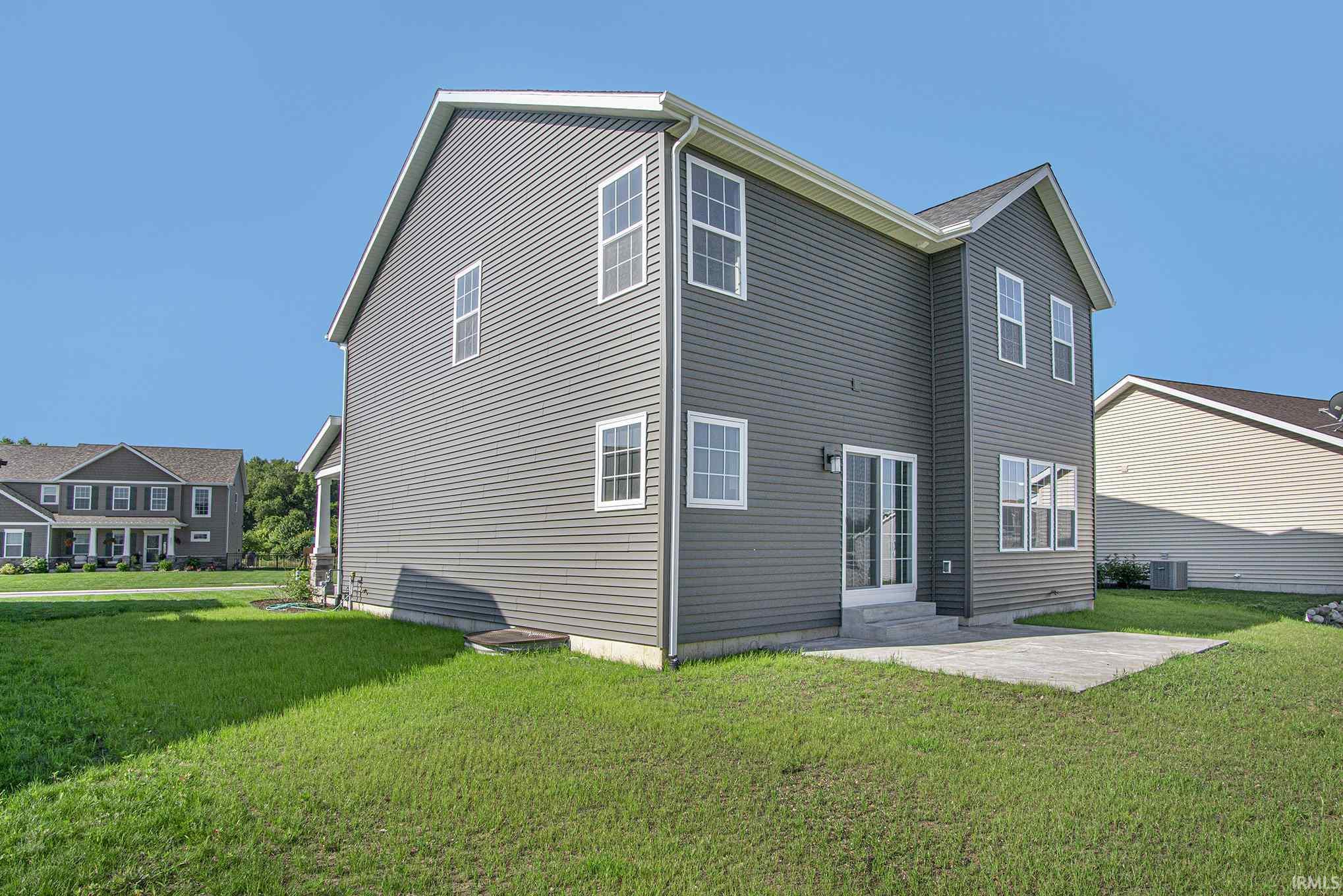 1602 Oak Meadows Osceola, IN 46561