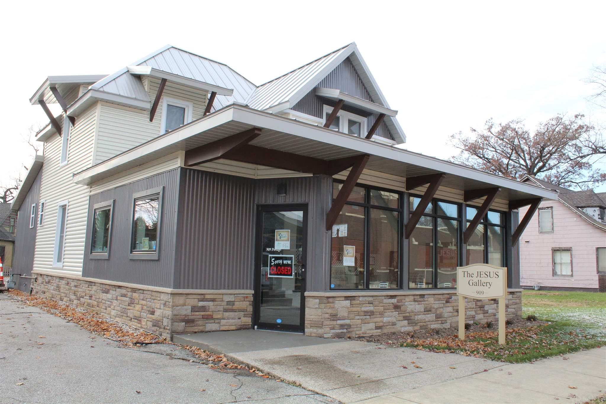 909 Portage South Bend, IN 46616