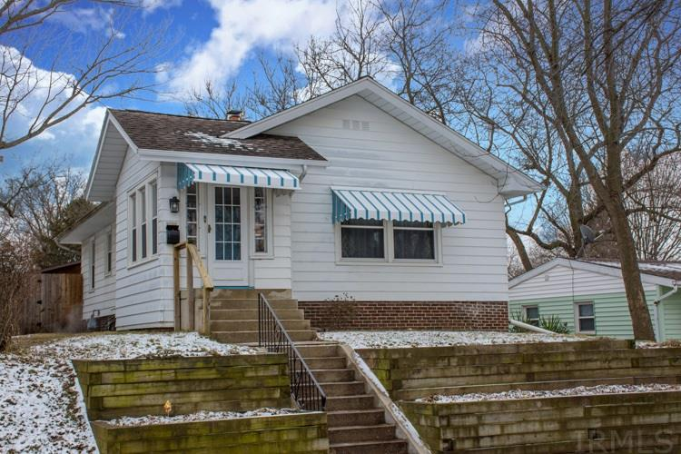 1026 Emerson South Bend, IN 46615