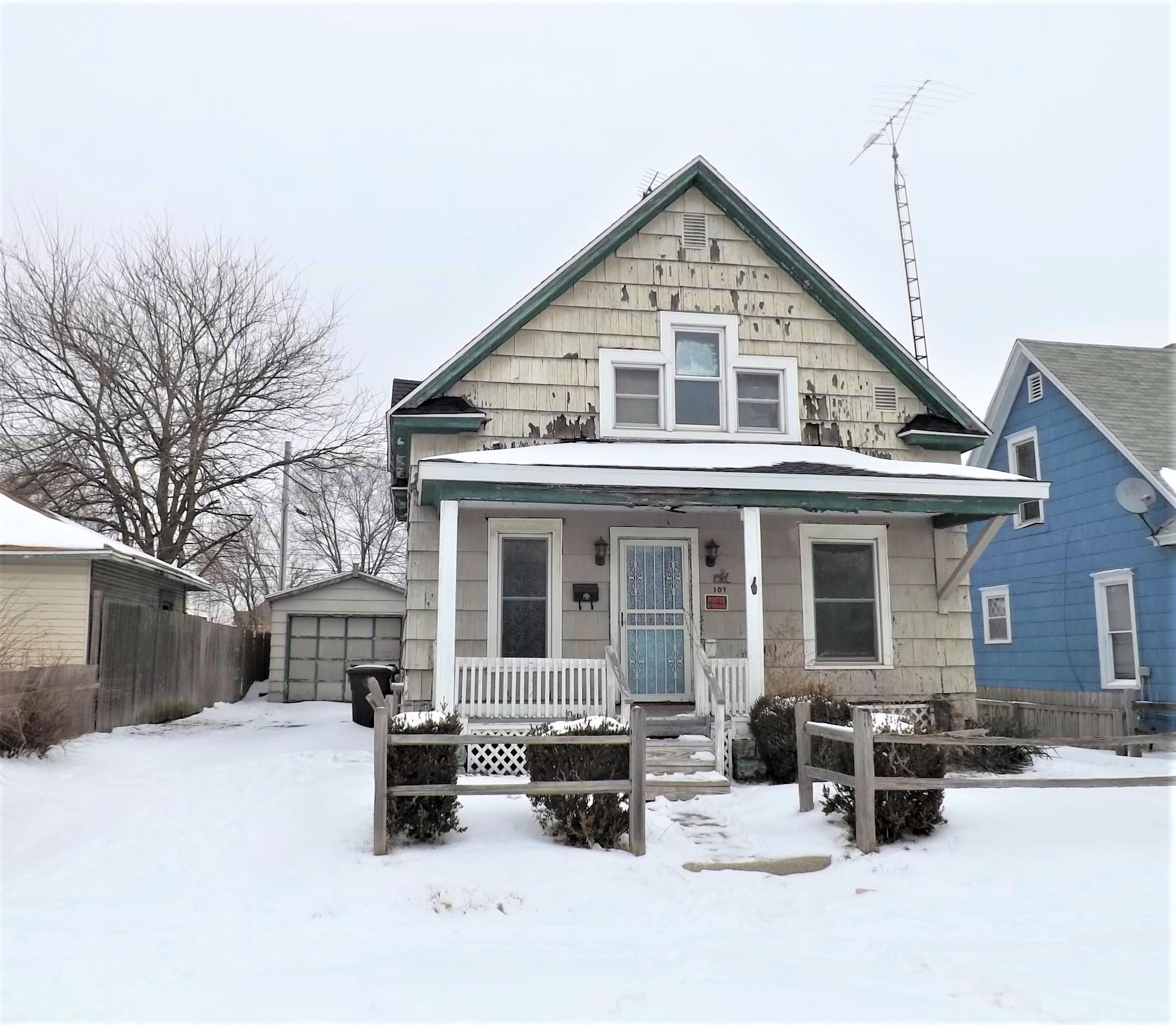 107 E Donald South Bend, IN 46613