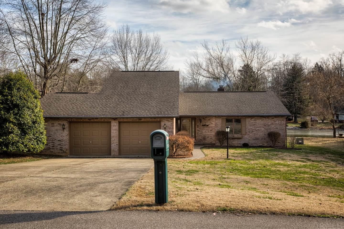 Beautiful Lake Front home on 1 1/2 lots with private dock! Walking distance from beach and rec center.  Beautifully redone 2 Bed 2 Bath home, no need to update.  If you are retired or just starting out, this home is a must see.