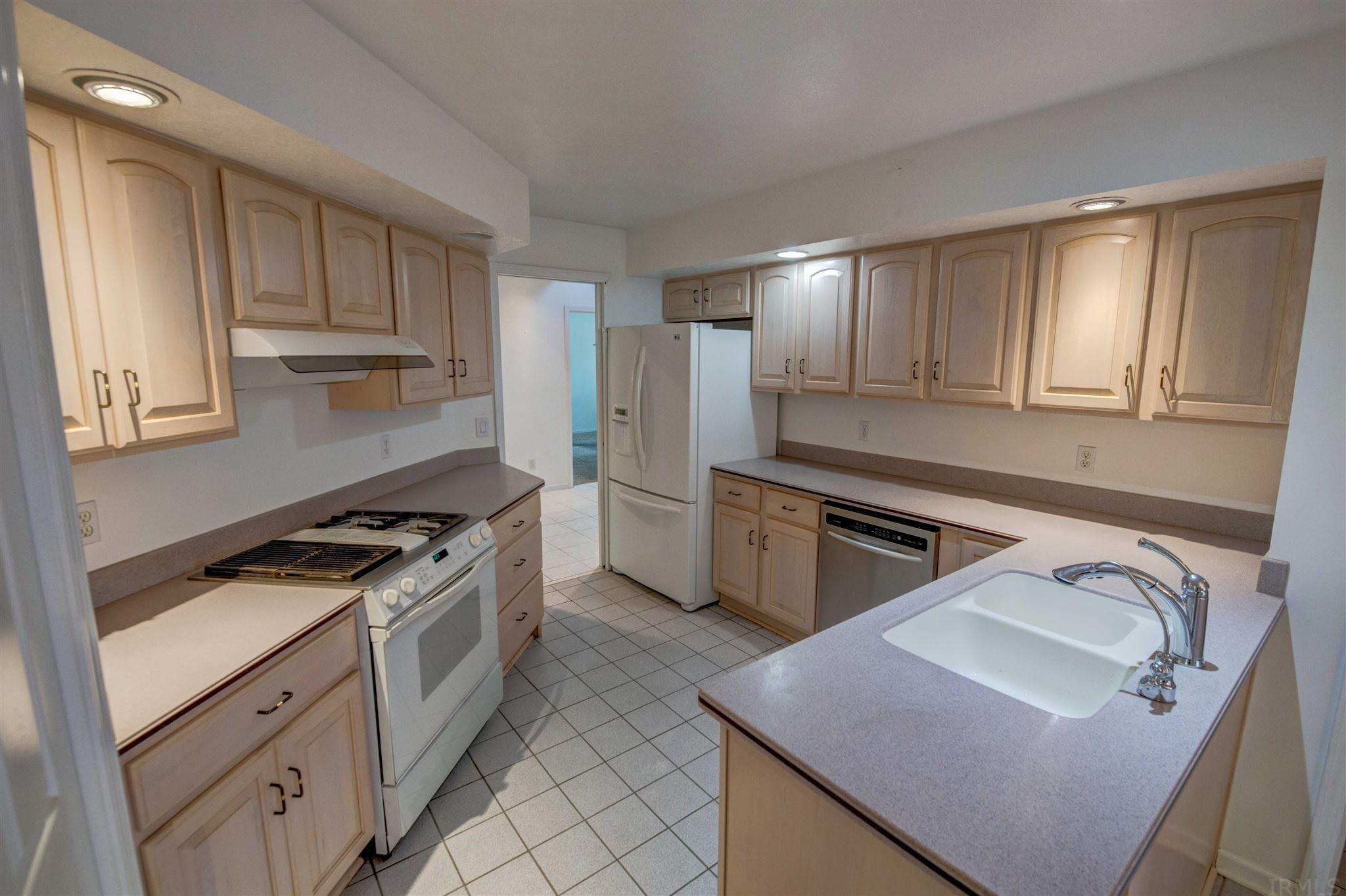 17791 Ashmont South Bend, IN 46635