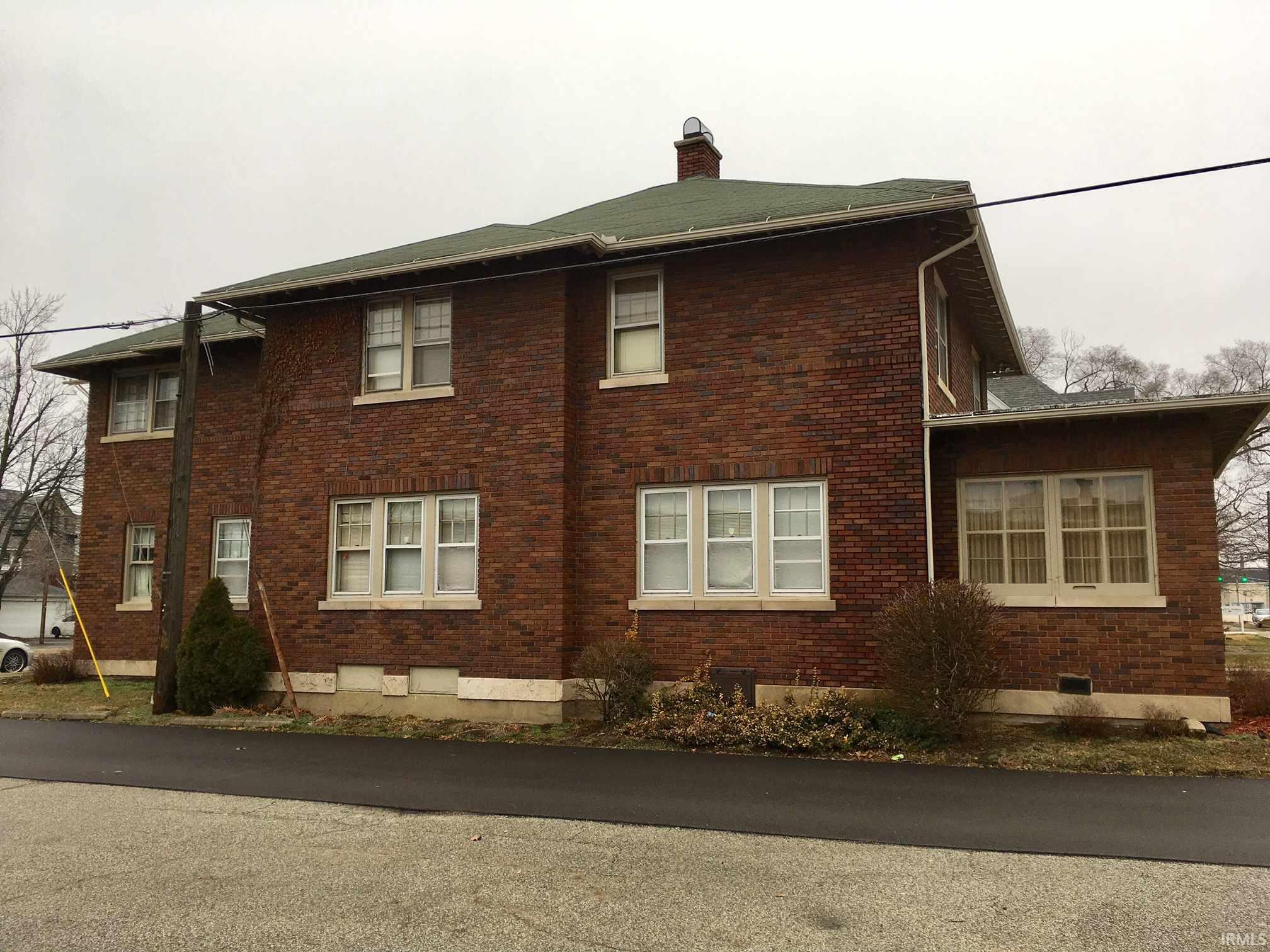 414 W High Elkhart, IN 46516