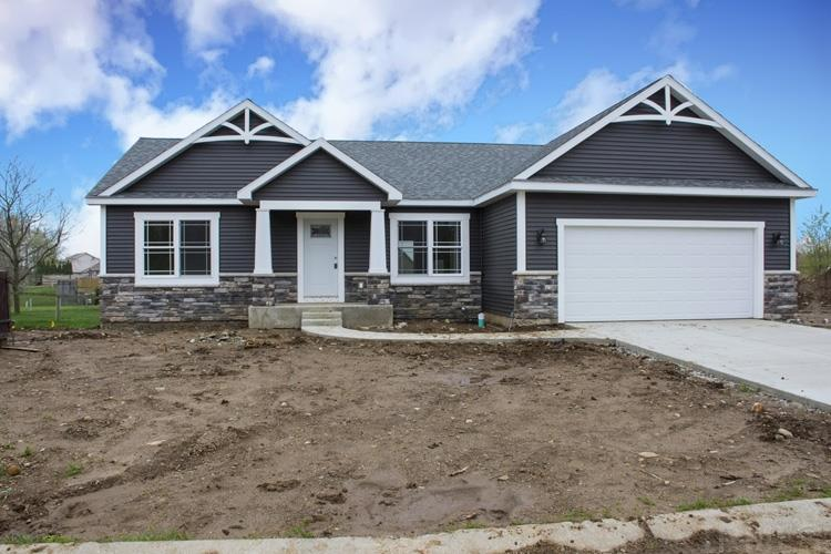 52663 E Trail South Bend, IN 46628