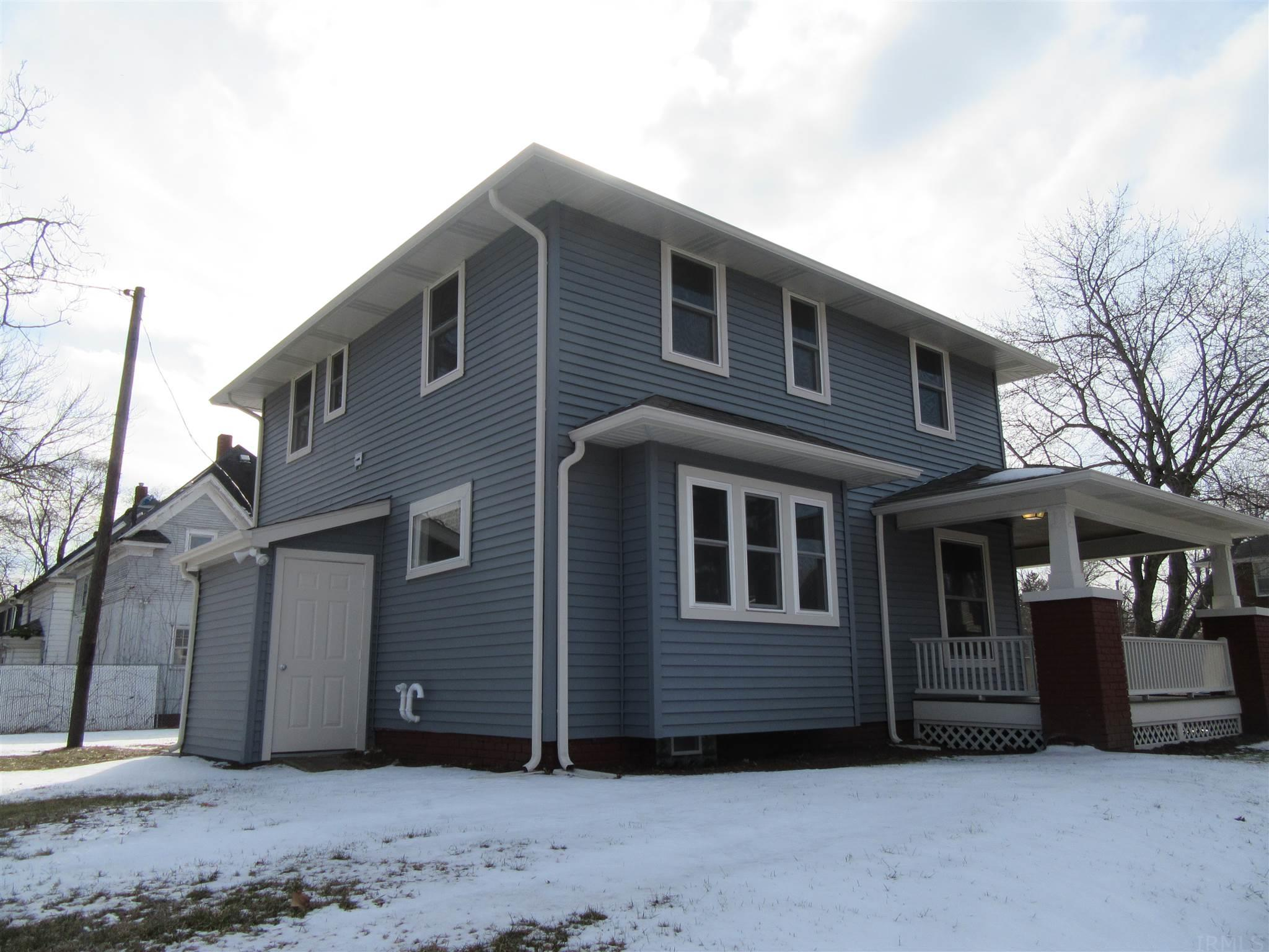 754 Cottage Grove South Bend, IN 46616