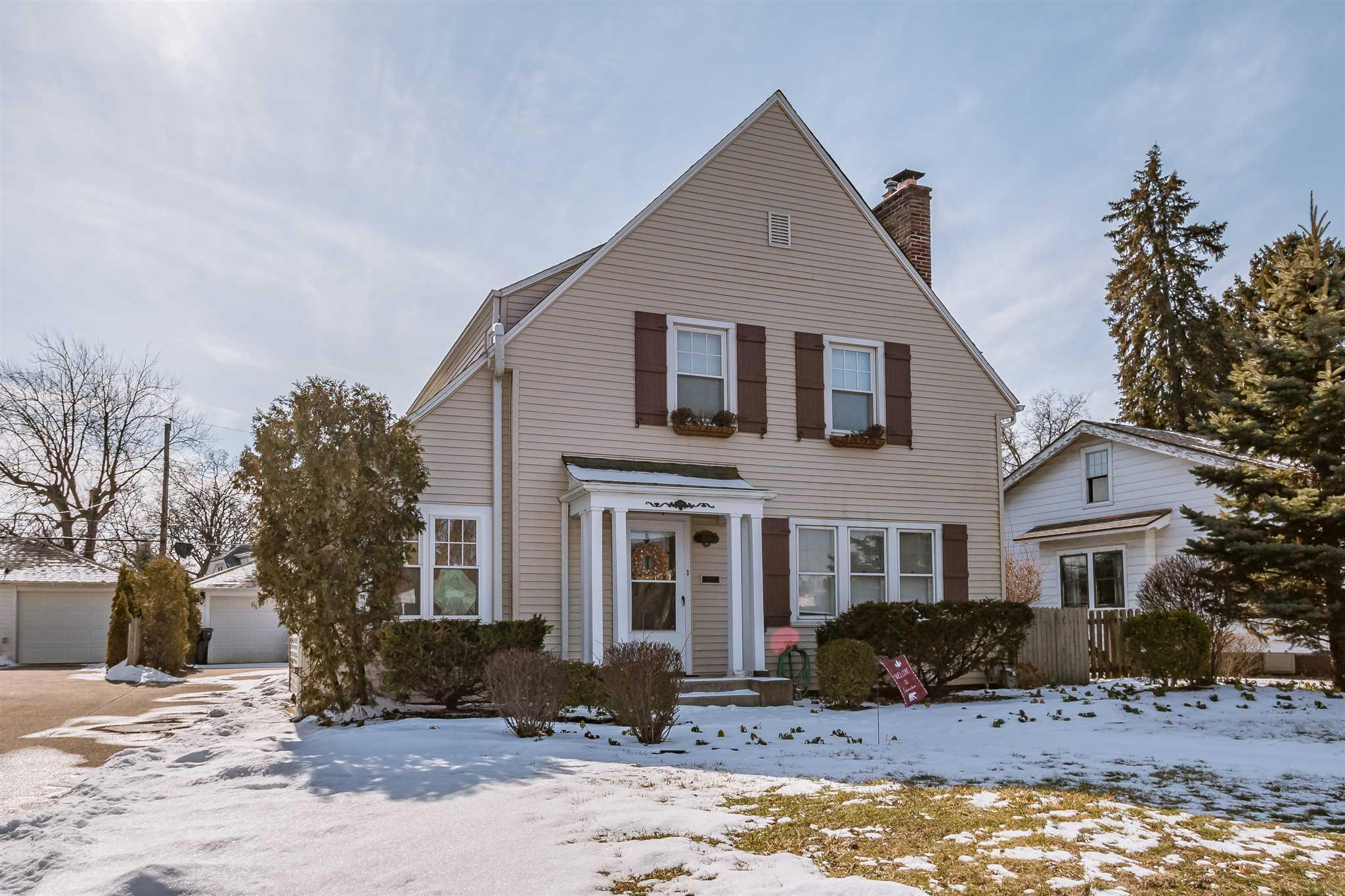 1310 E South South Bend, IN 46615