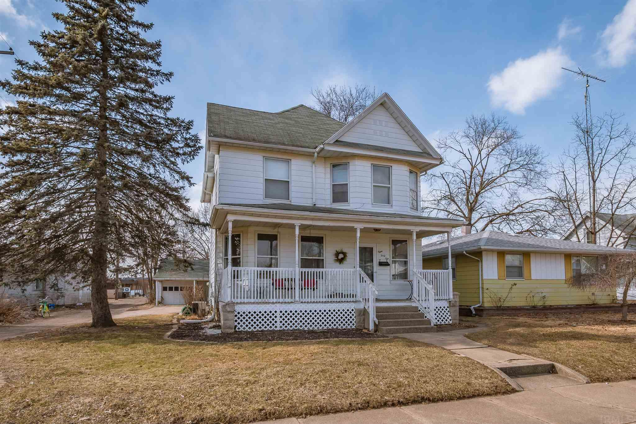 841 S 26TH South Bend, IN 46615