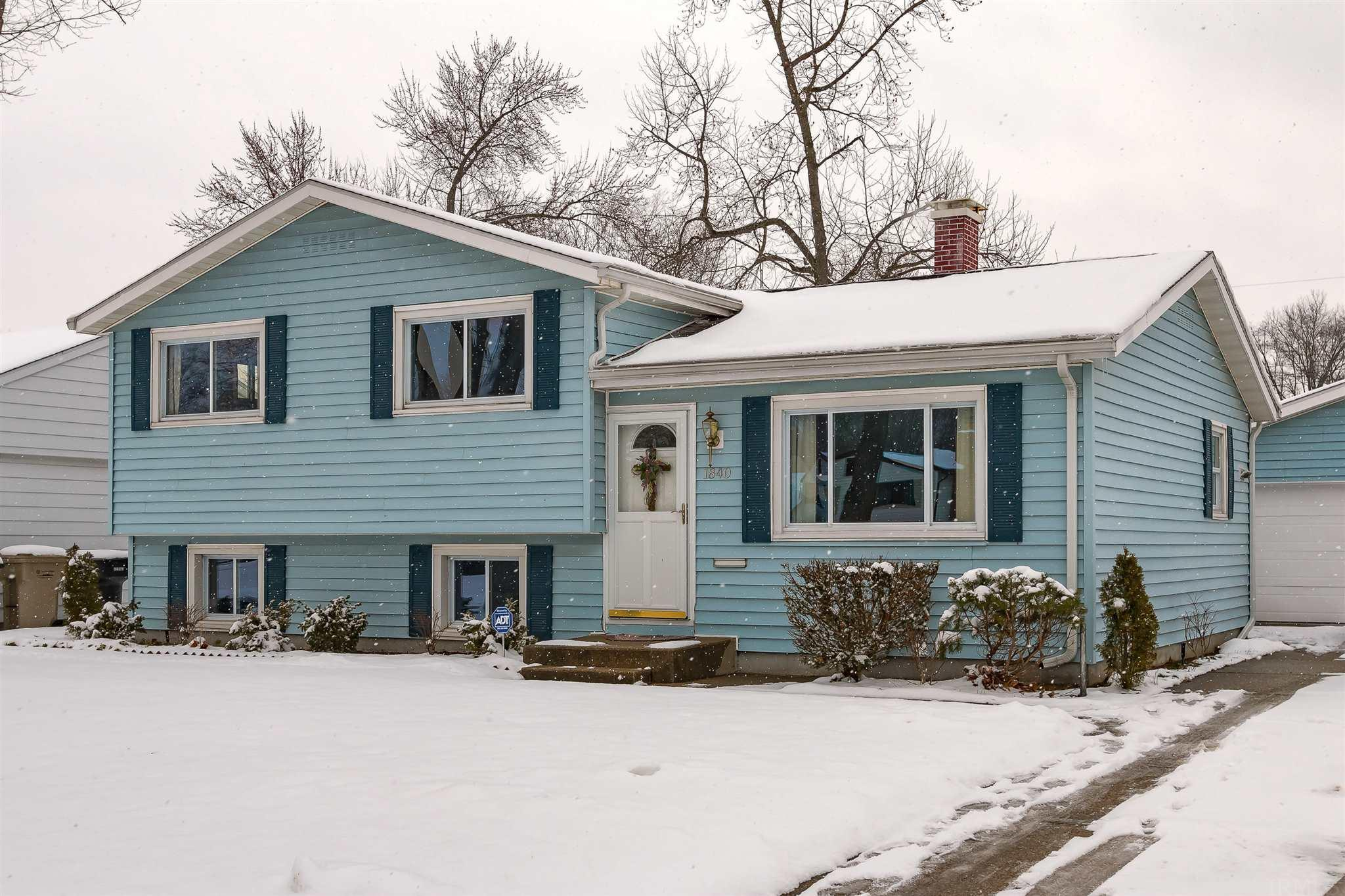1840 Hass South Bend, IN 46635