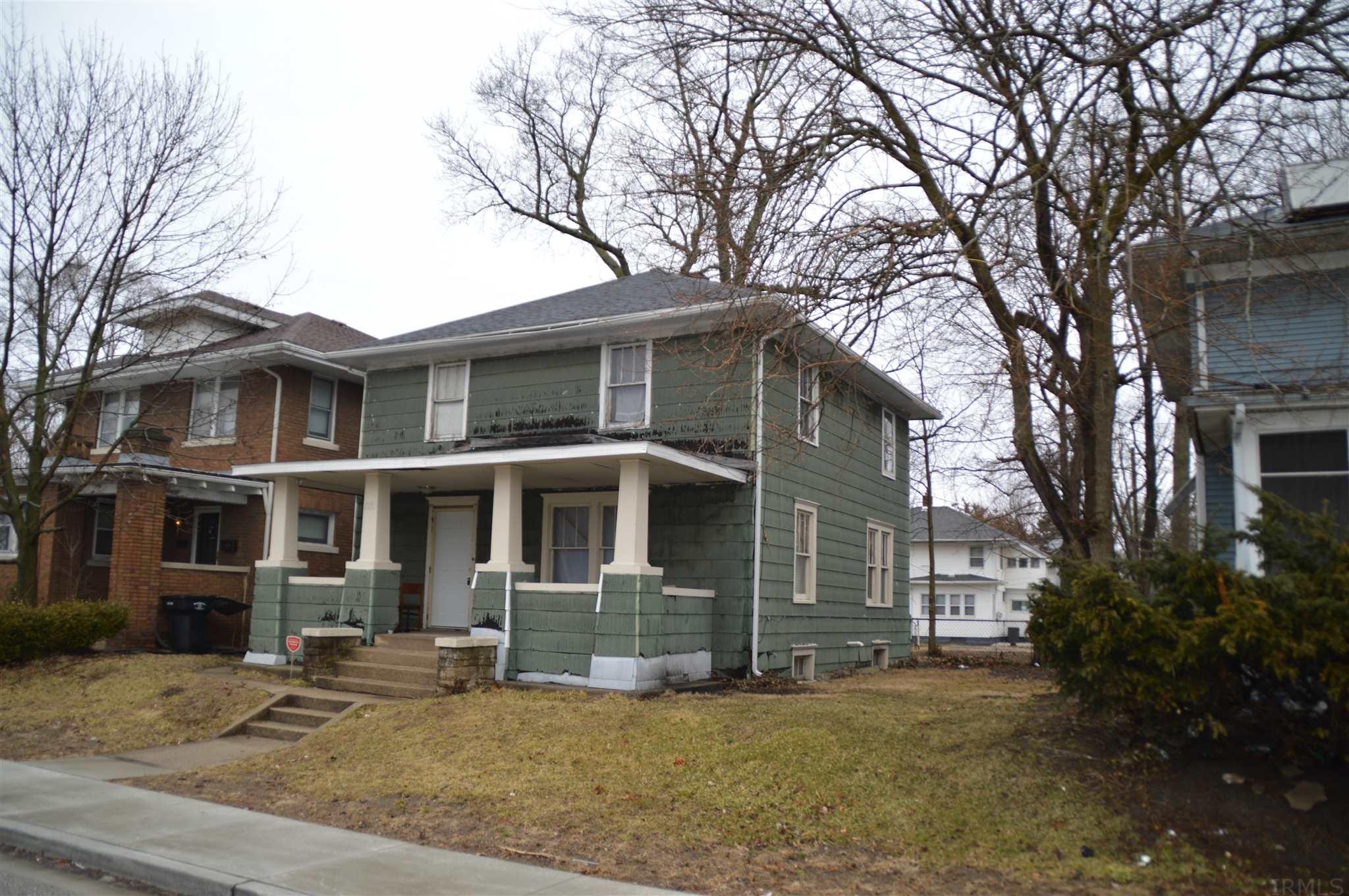 1233 E Madison South Bend, IN 46617