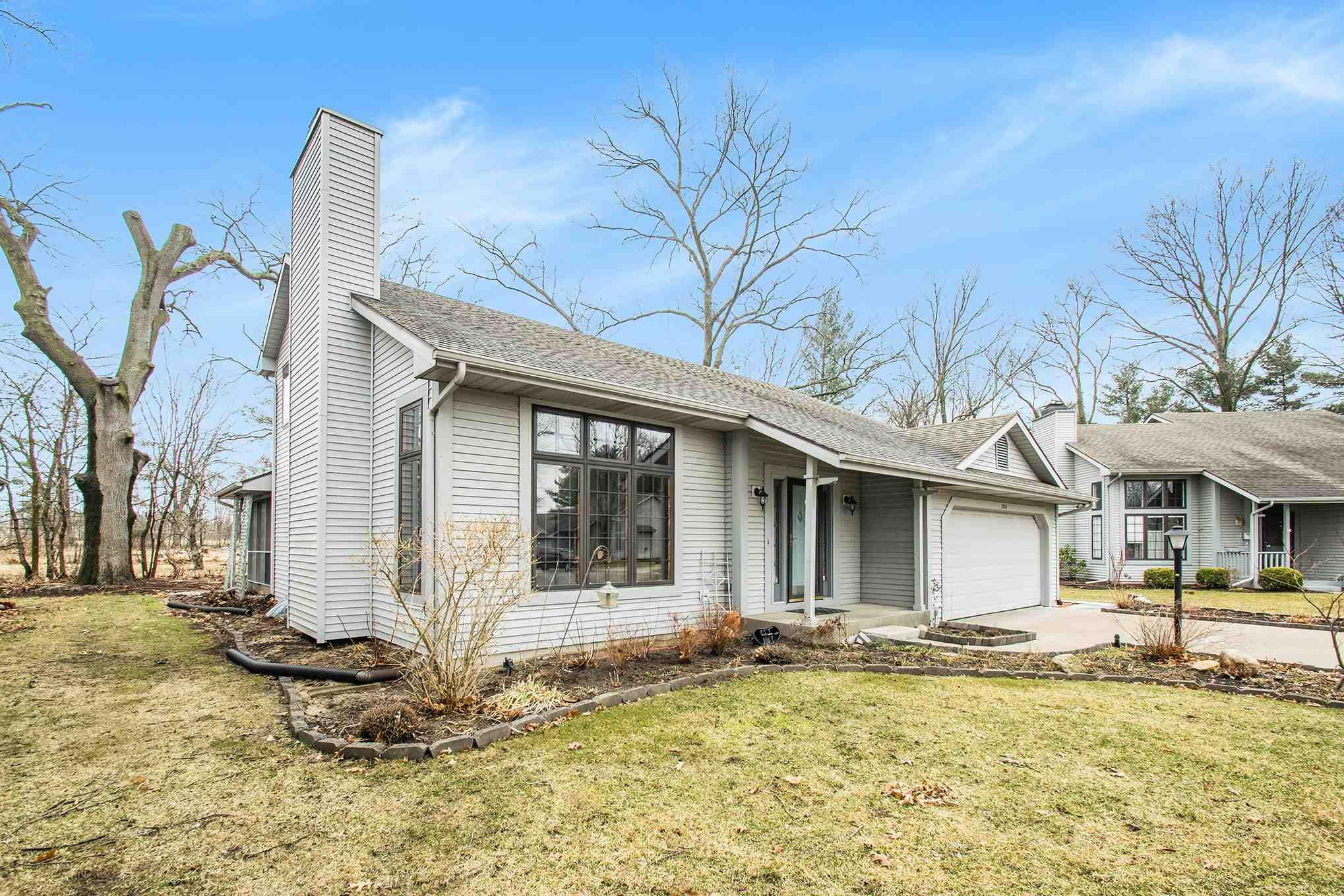1904 Creeksedge South Bend, IN 46635