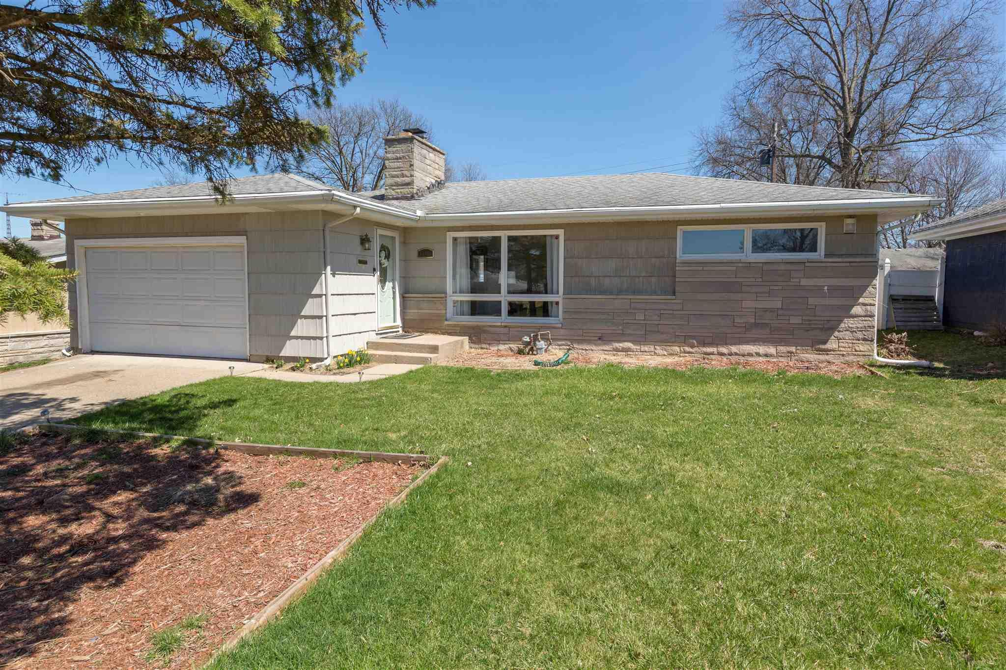 3406 Whitcomb South Bend, IN 46614