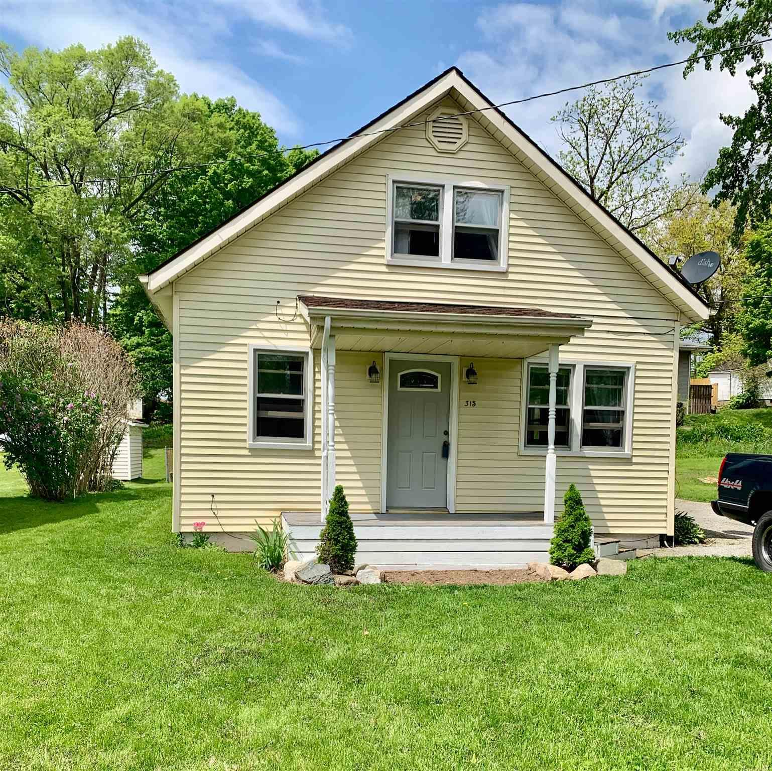 315 S Grand Lakeville, IN 46536