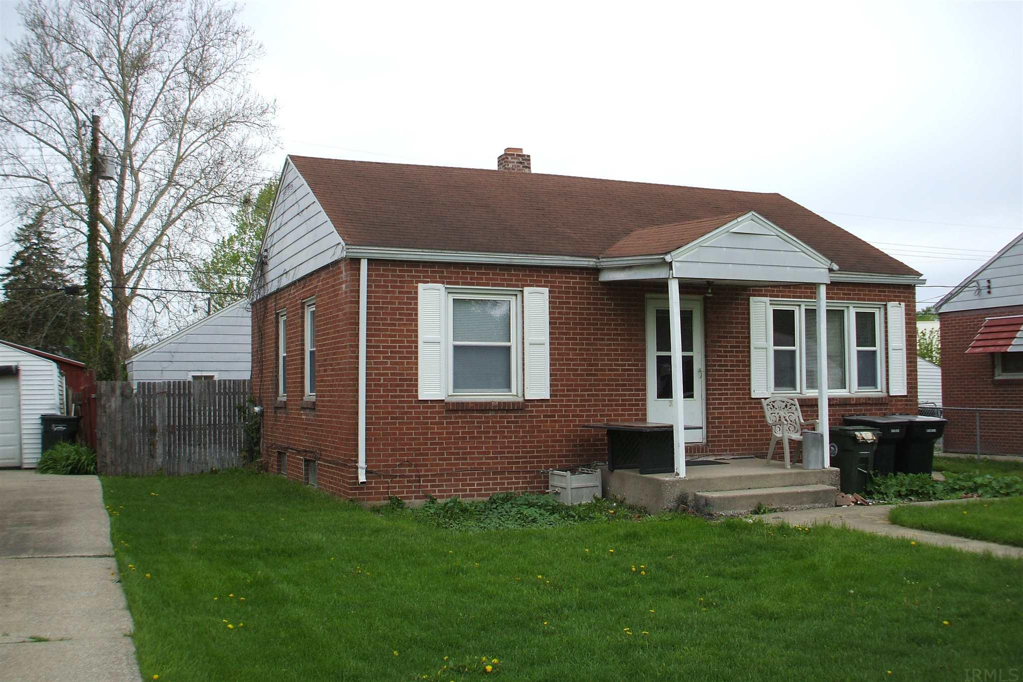 733 S Gladstone South Bend, IN 46619