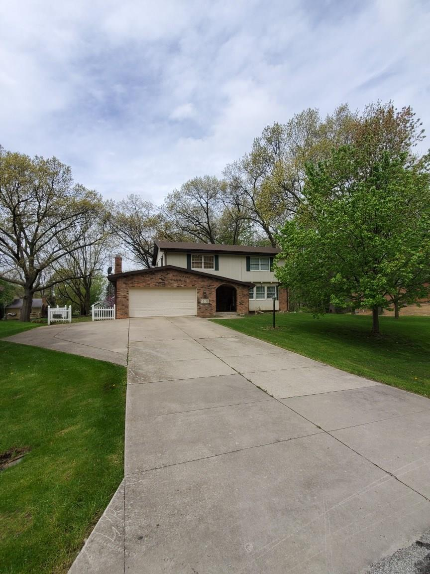 52133 Woodridge South Bend, IN 46635