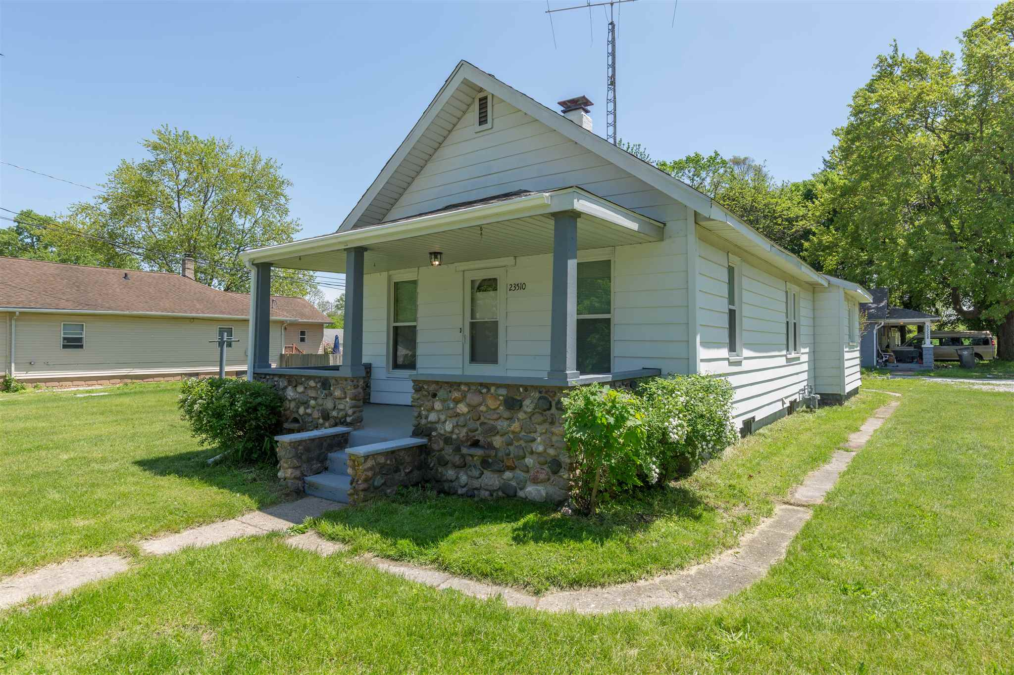 23510 Ardmore South Bend, IN 46628