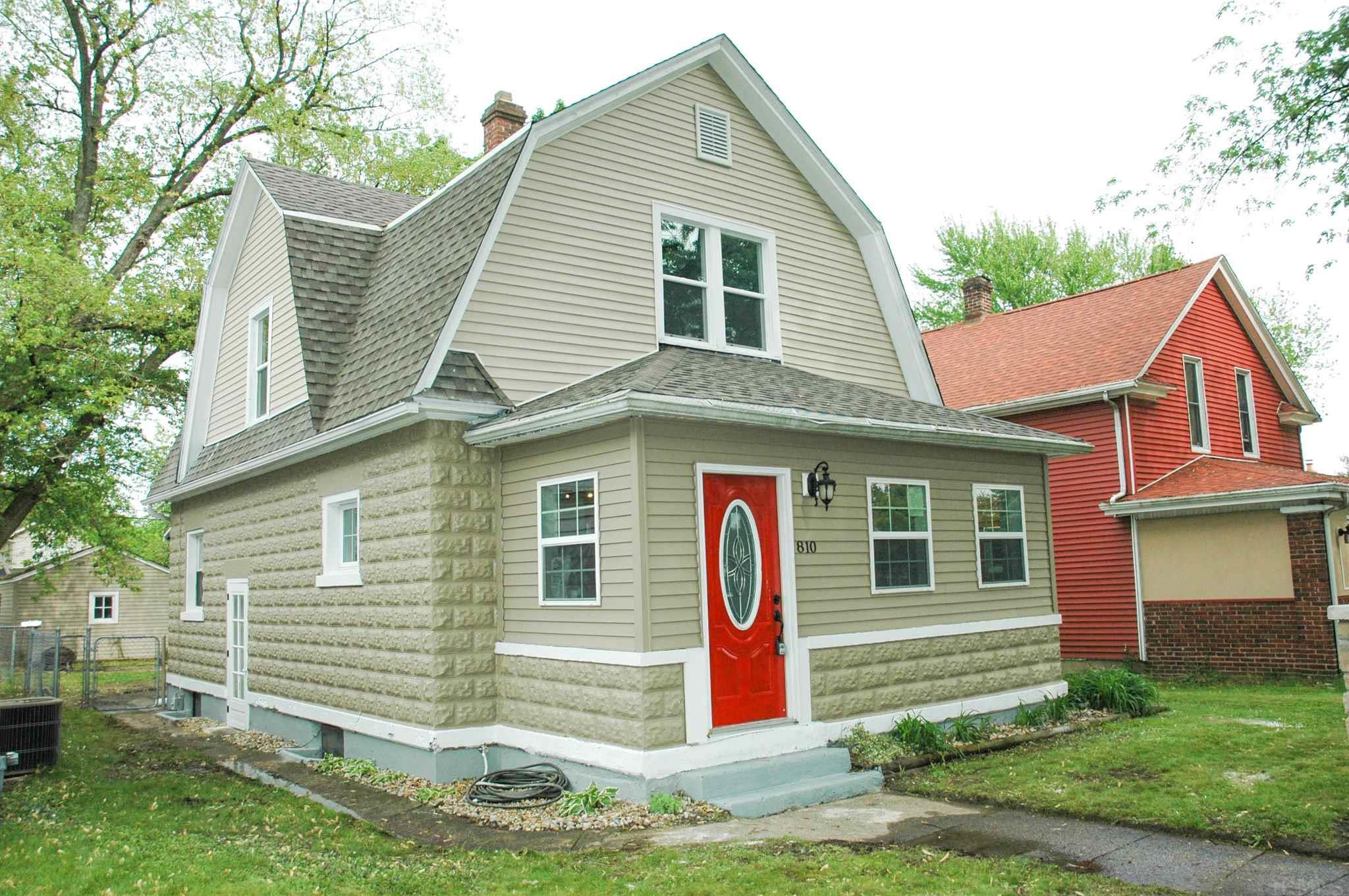 810 S 36TH South Bend, IN 46615