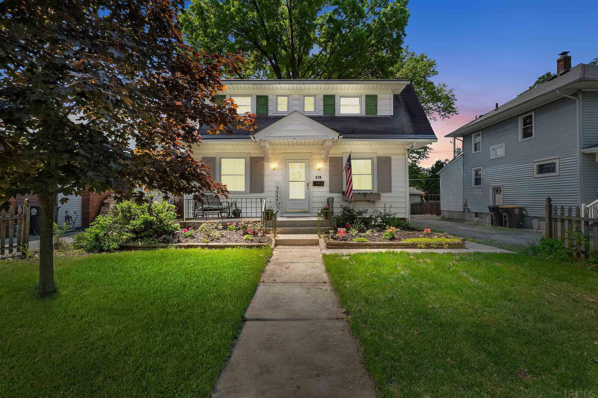 The Key Team   Property Details   219 S  Cornell Circle