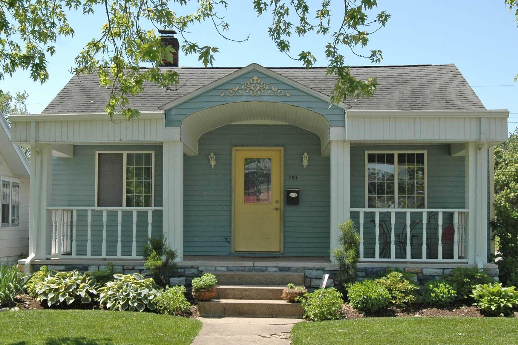 701 S 32nd South Bend, IN 46615
