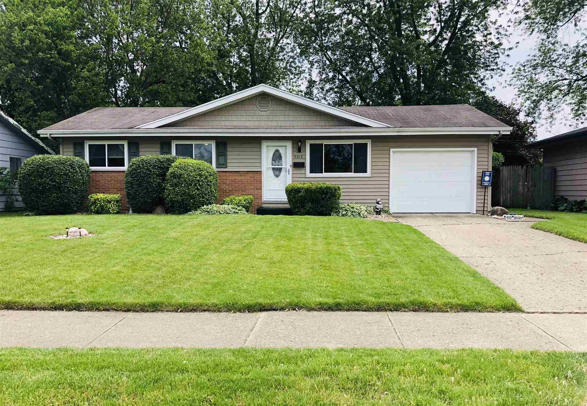 5210 Mayfair South Bend, IN 46619