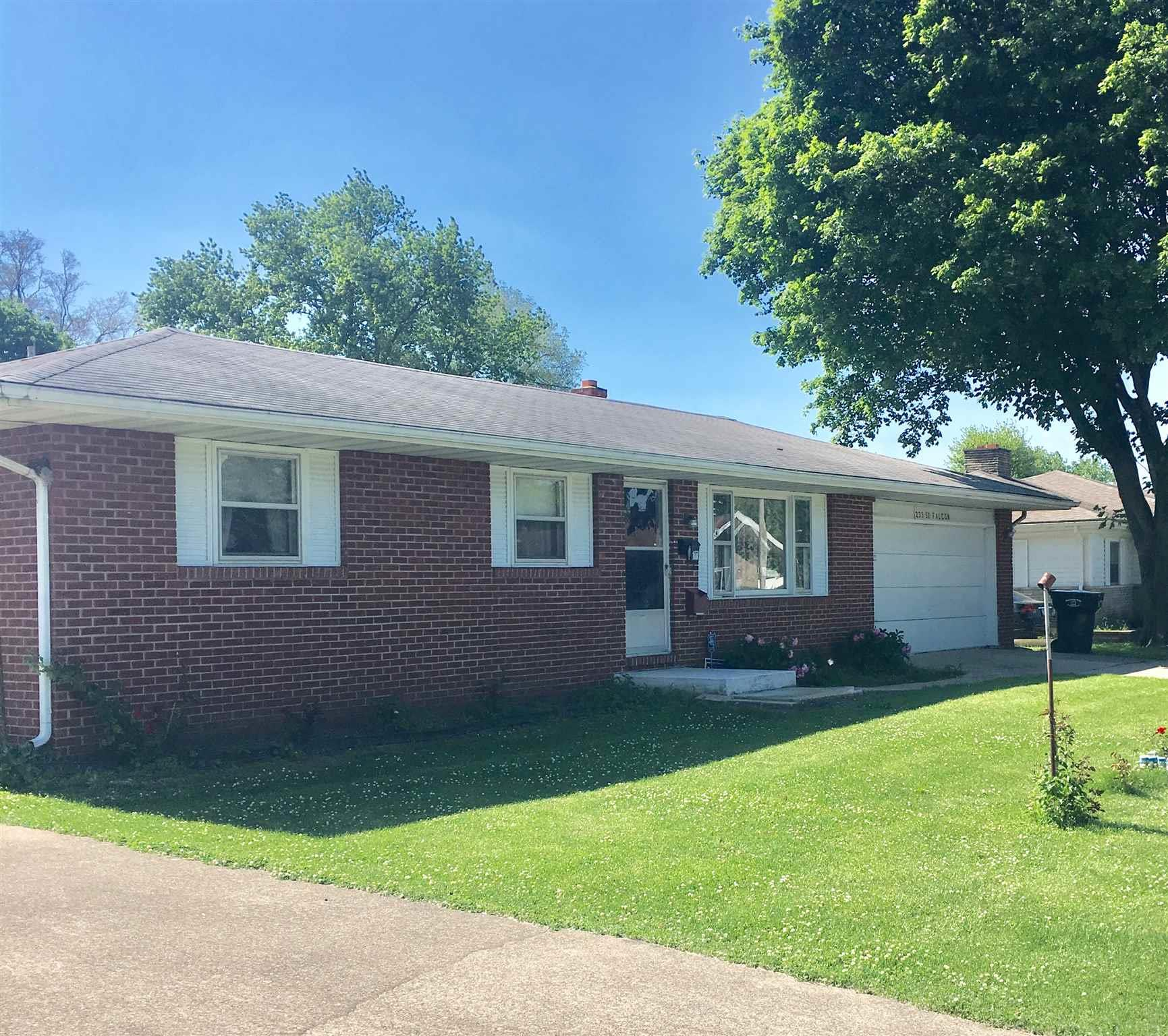233 Falcon South Bend, IN 46619